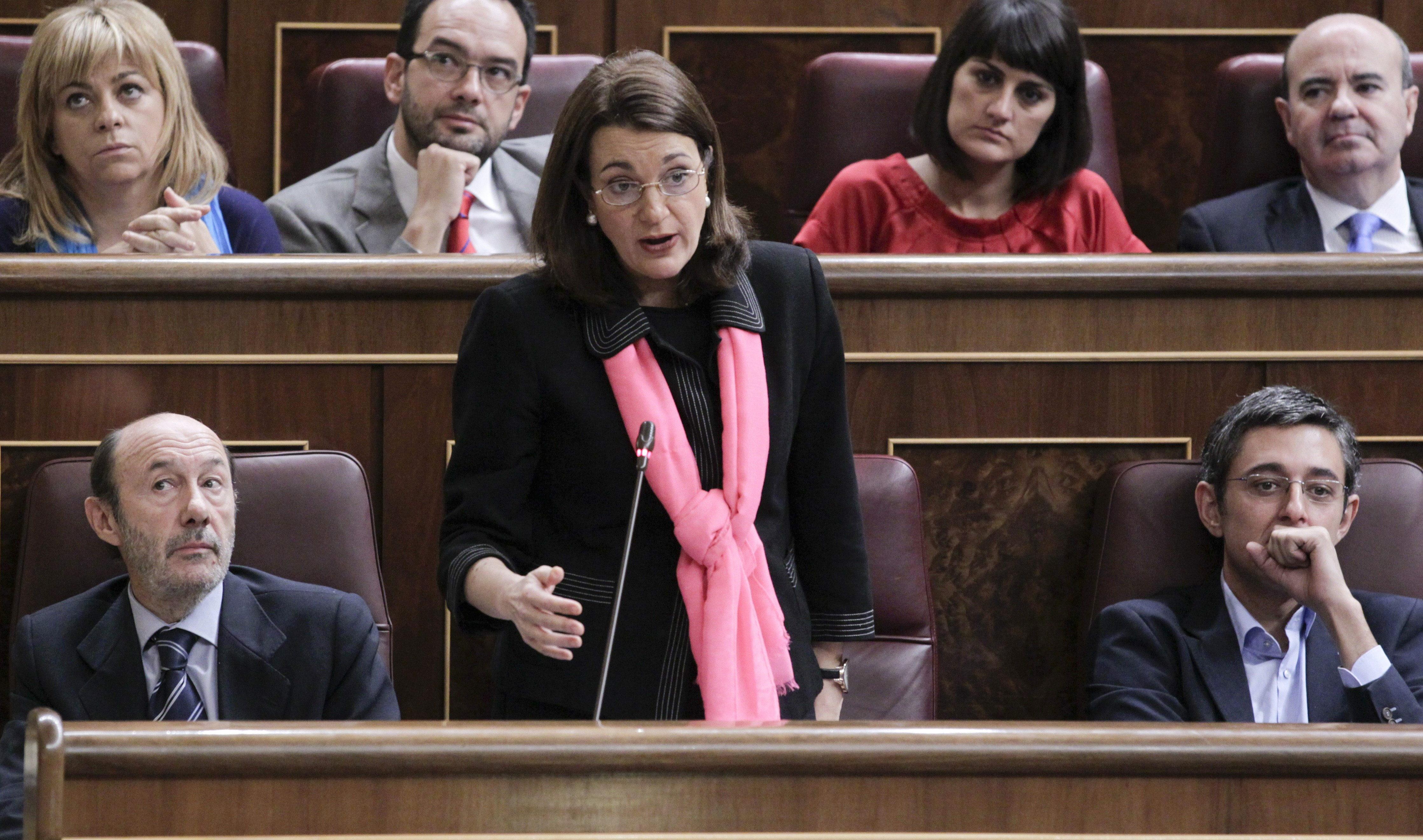 El PSOE tacha de «irresponsable» el «espectáculo» de Mas y la vicepresidenta