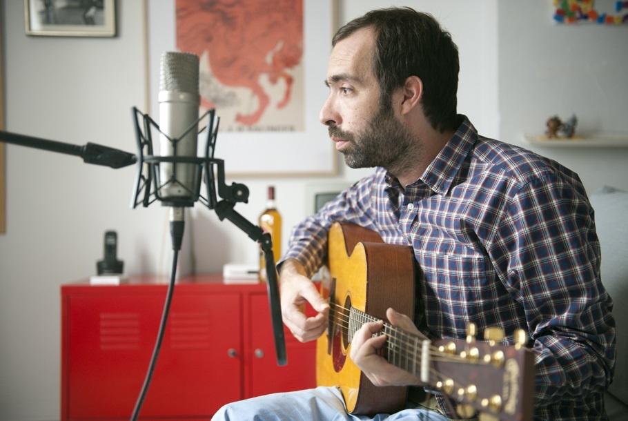 Ricardo Vicente: «Empezar una carrera en solitario es como volver a una adicción»