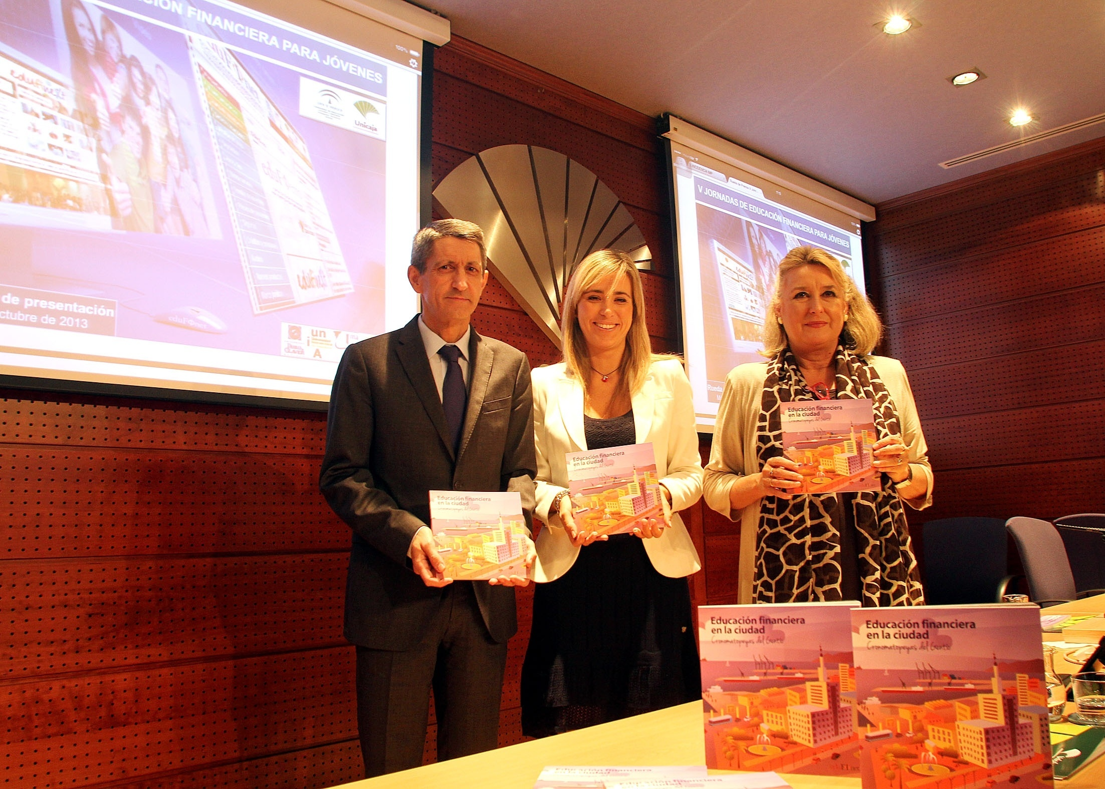 Unicaja pone en marcha en Málaga sus jornadas para fomentar la educación financiera en los estudiantes