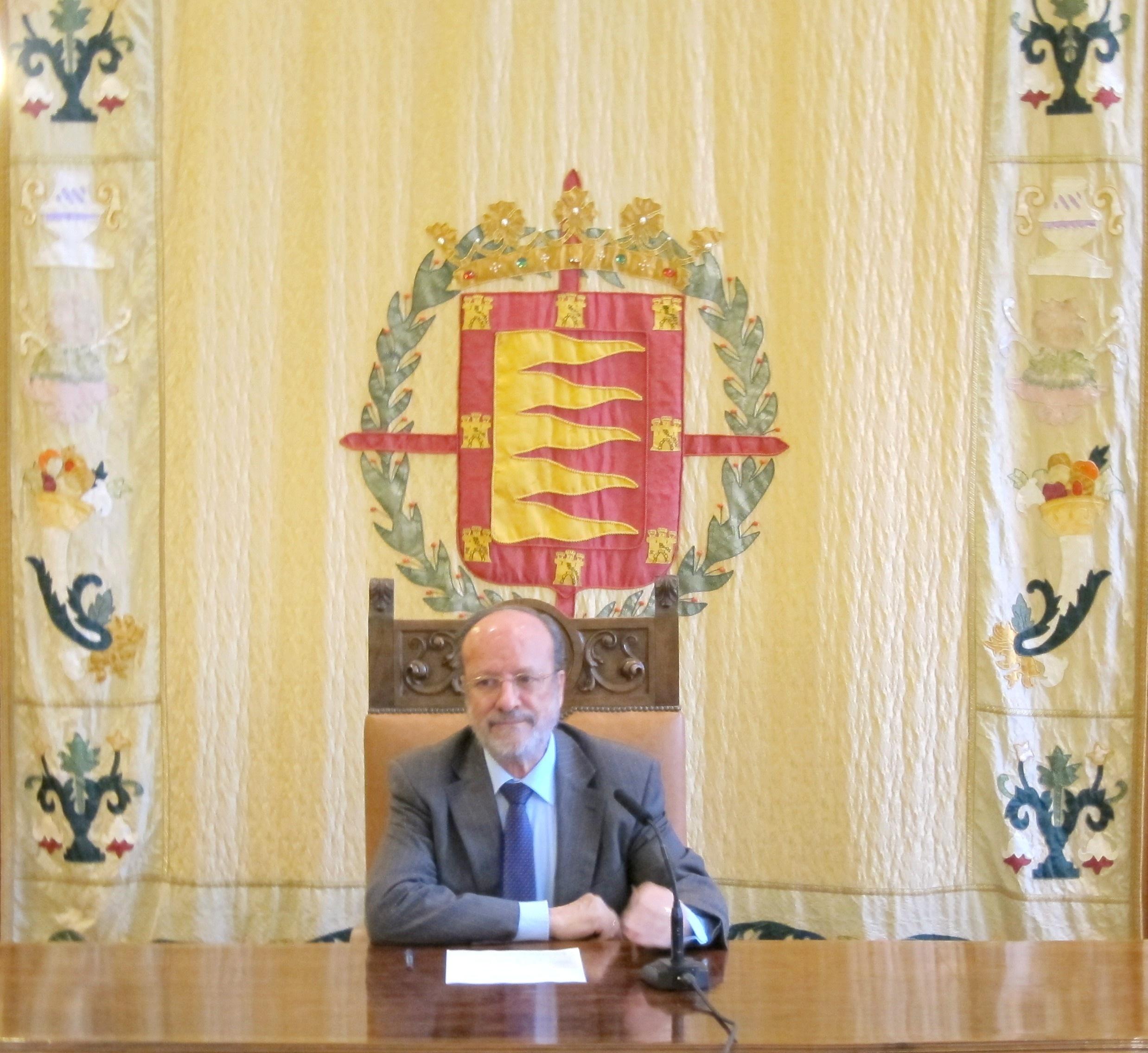 El alcalde de Valladolid defiende sancionar la mendicidad agresiva