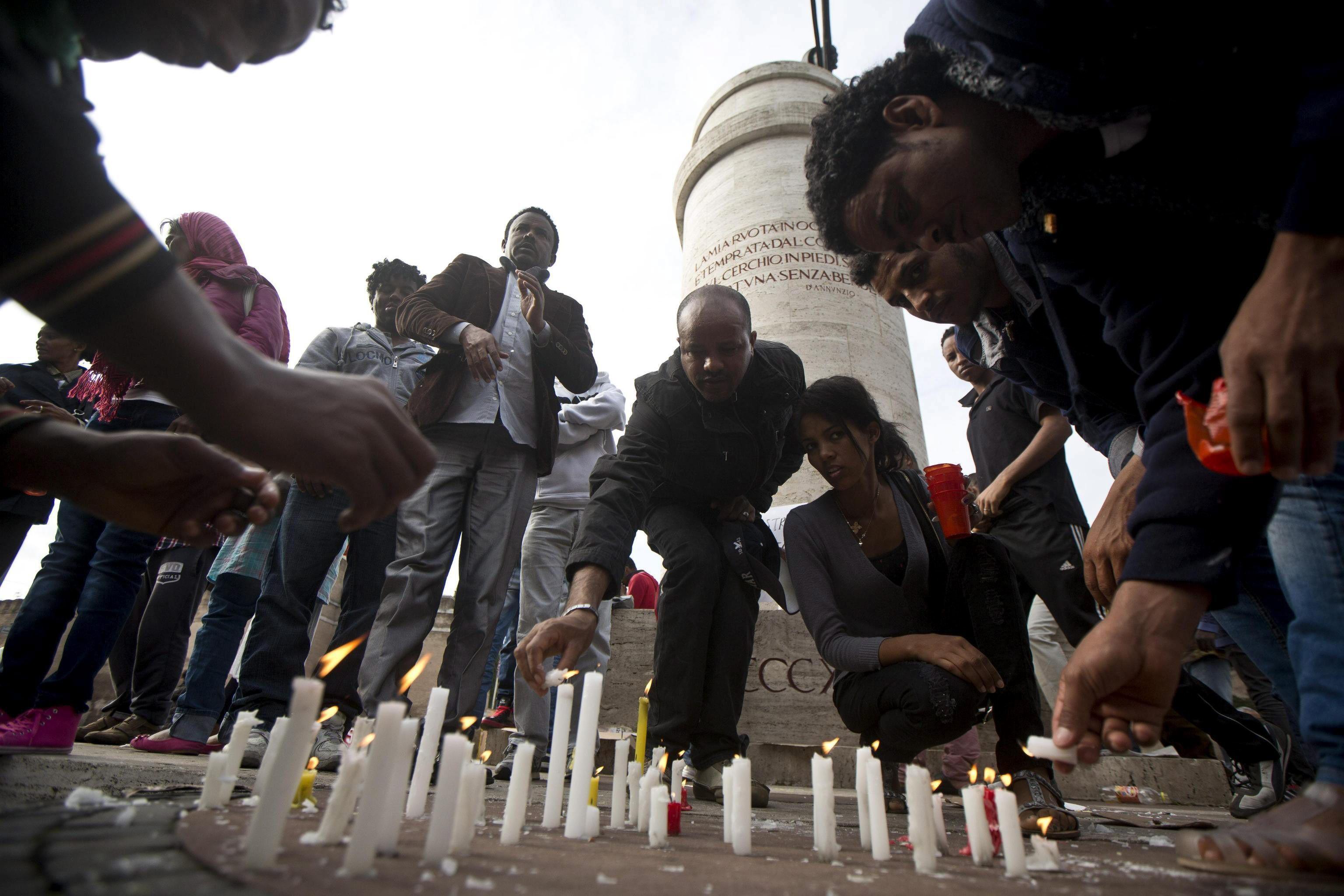 Italia recuerda a los inmigrantes de Lampedusa con una cuestionada ceremonia