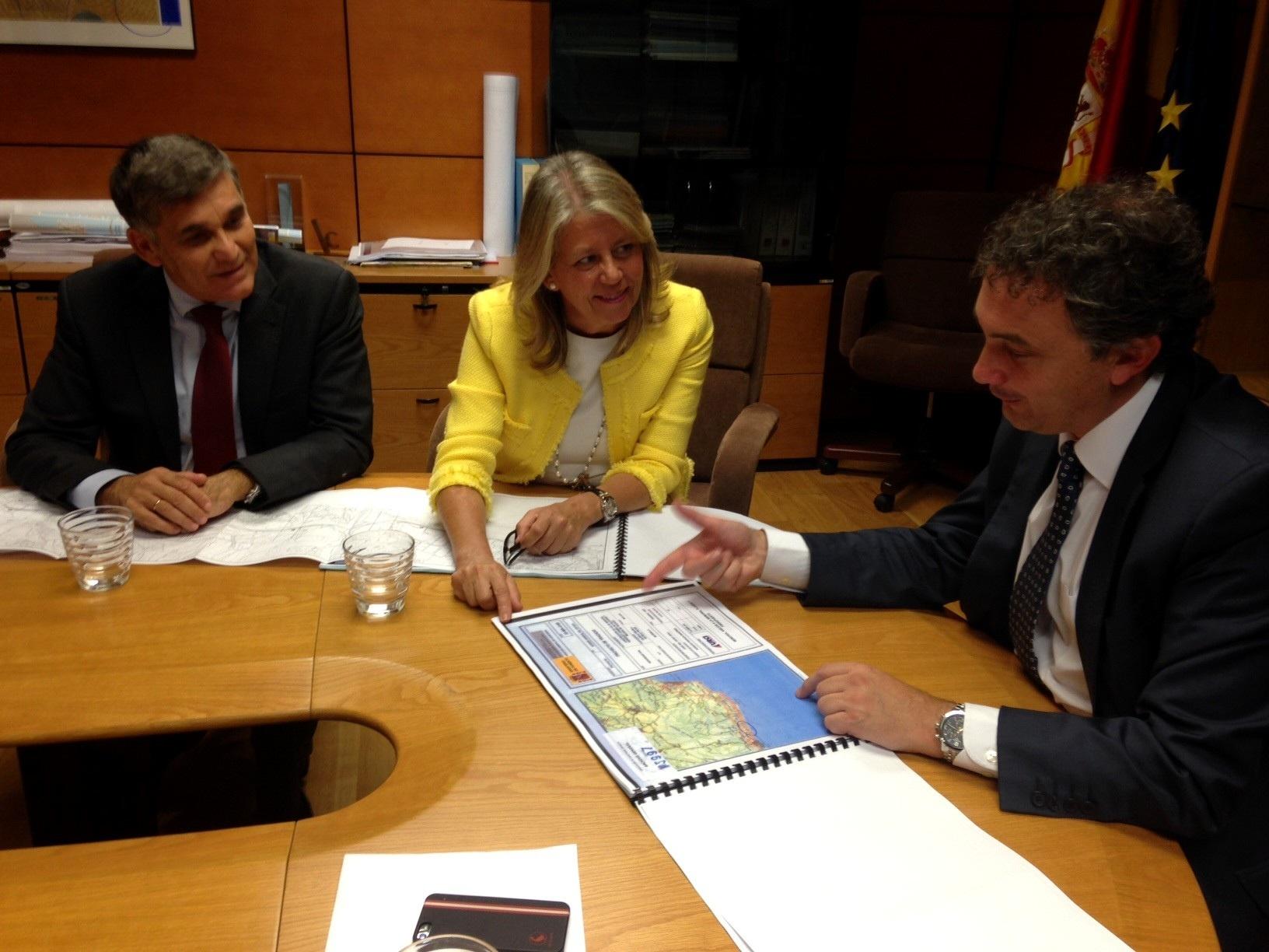 Fomento cederá a Marbella los viales de servicios que atraviesan San Pedro para nuevos equipamientos
