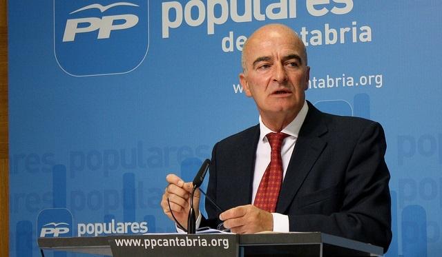 PP asegura que el «esfuerzo de los cántabros» ha permitido la rebaja del 'céntimo sanitario'
