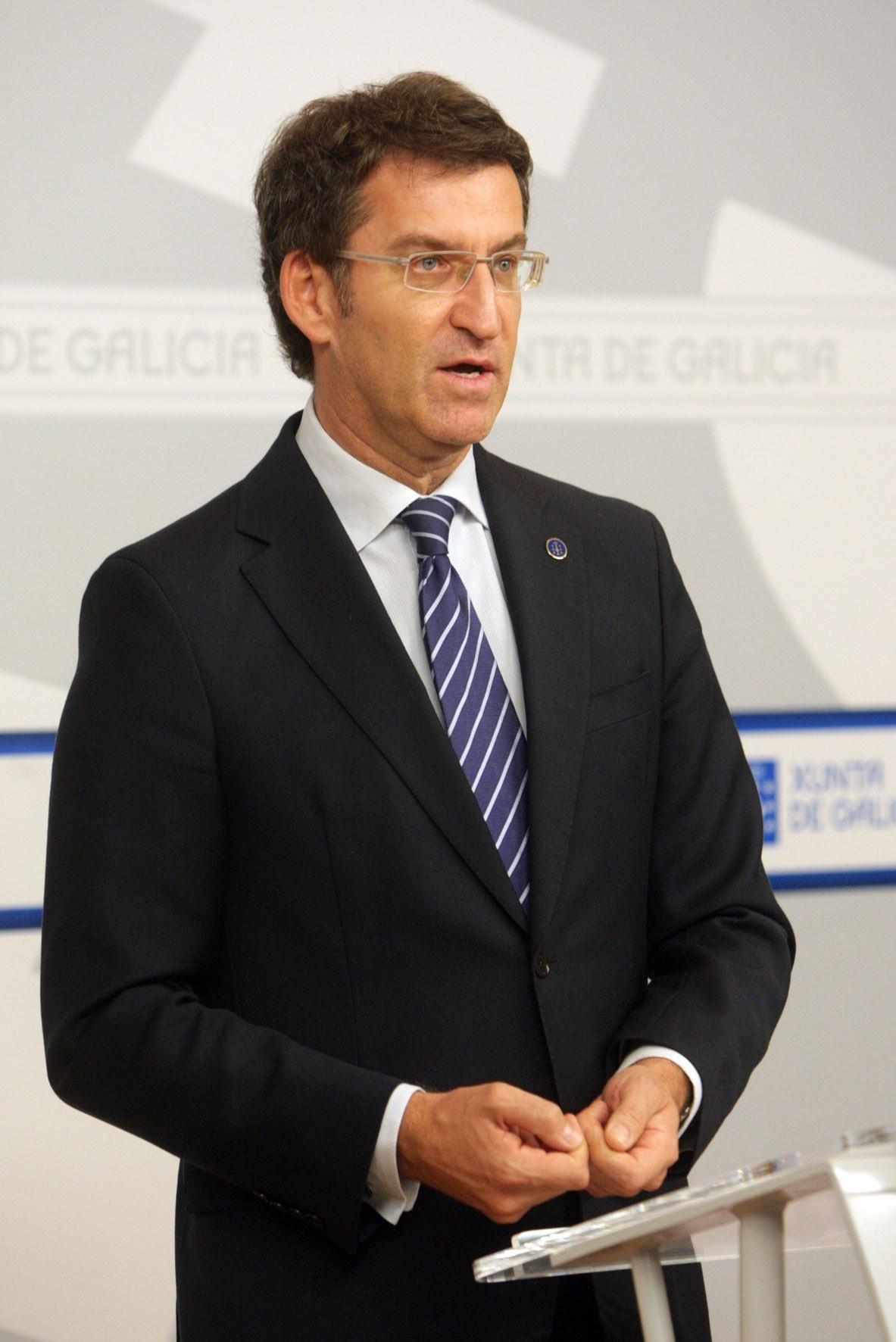Feijóo advierte que los socios de AGE muestran «sus miserias» al «pelear» por un escaño