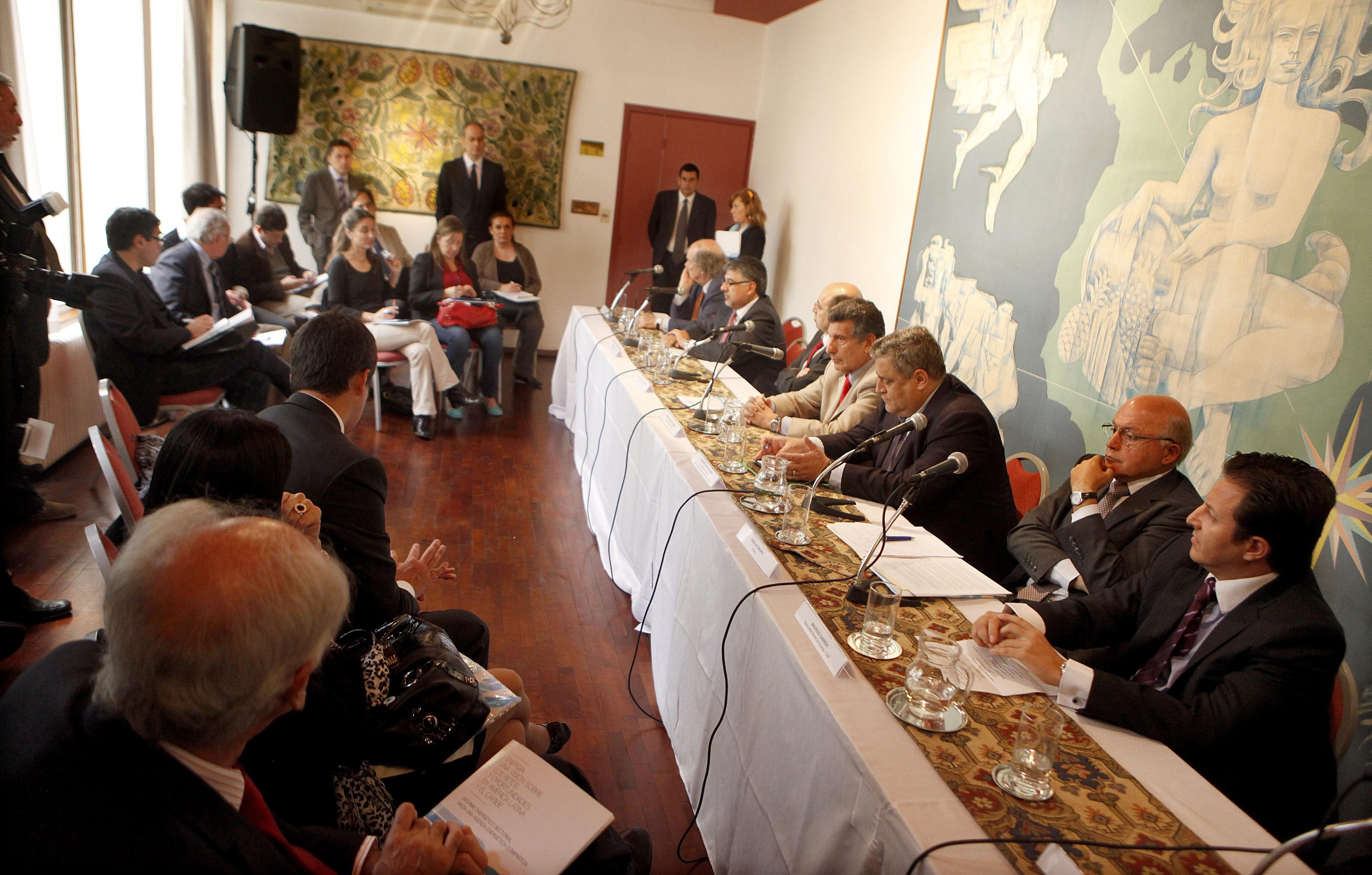 Inversiones millonarias y más integración, retos energéticos de América Latina
