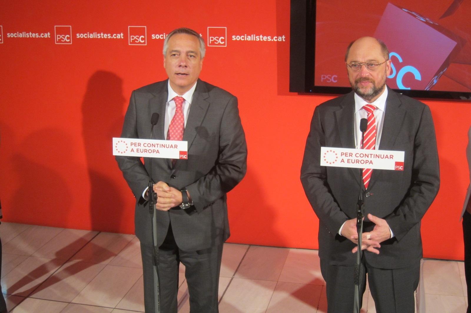 Pere Navarro dice que «no hay crisis» PSC-PSOE y que quienes quieren romper no son portavoces oficiales