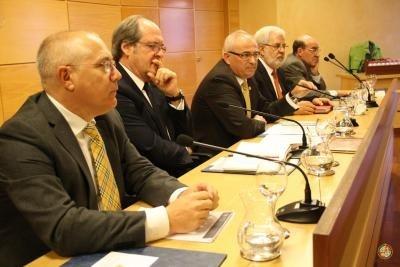 El exministro Ángel Gabilondo pide «esfuerzos sostenidos» para la universidad, lejos del «activismo legislativo»