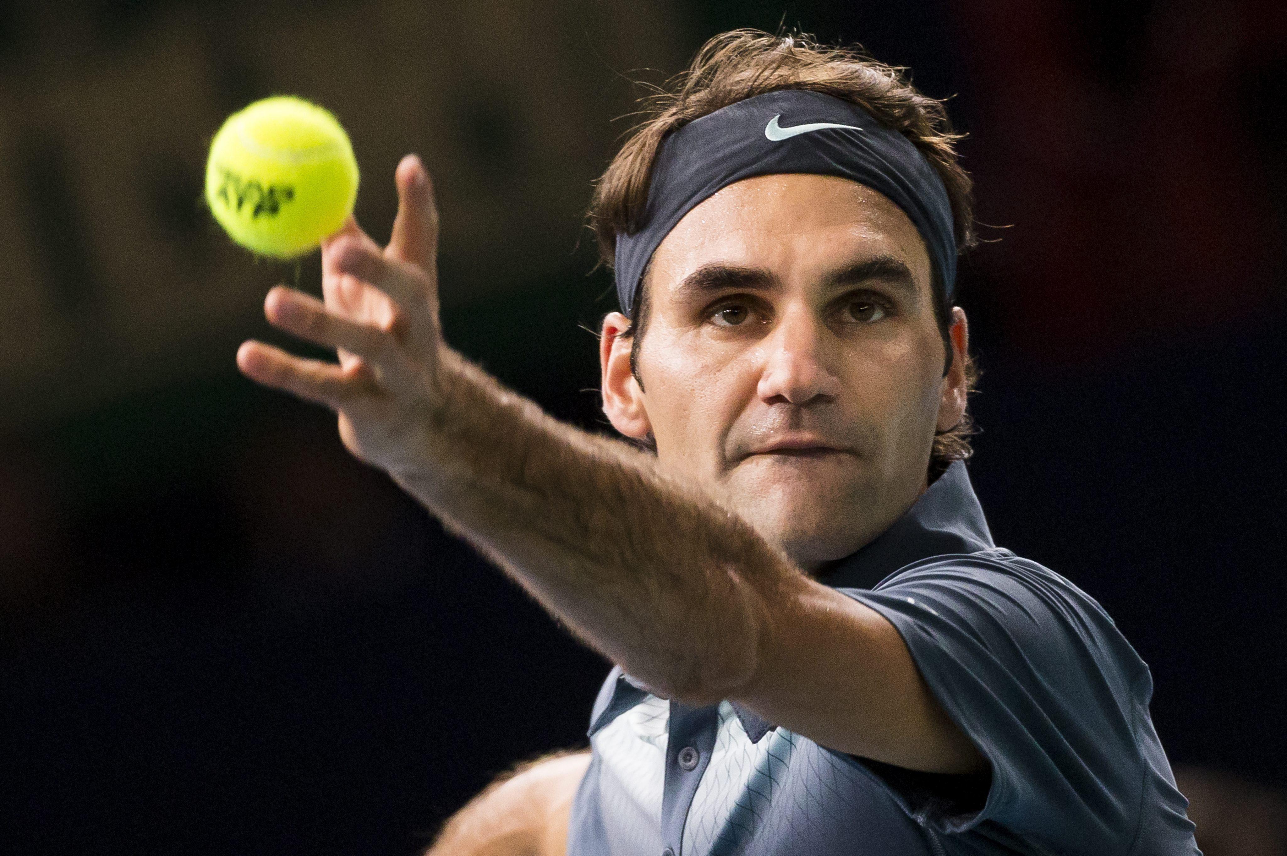 Novak Djokovic y Roger Federer disputarán la primera semifinal en París