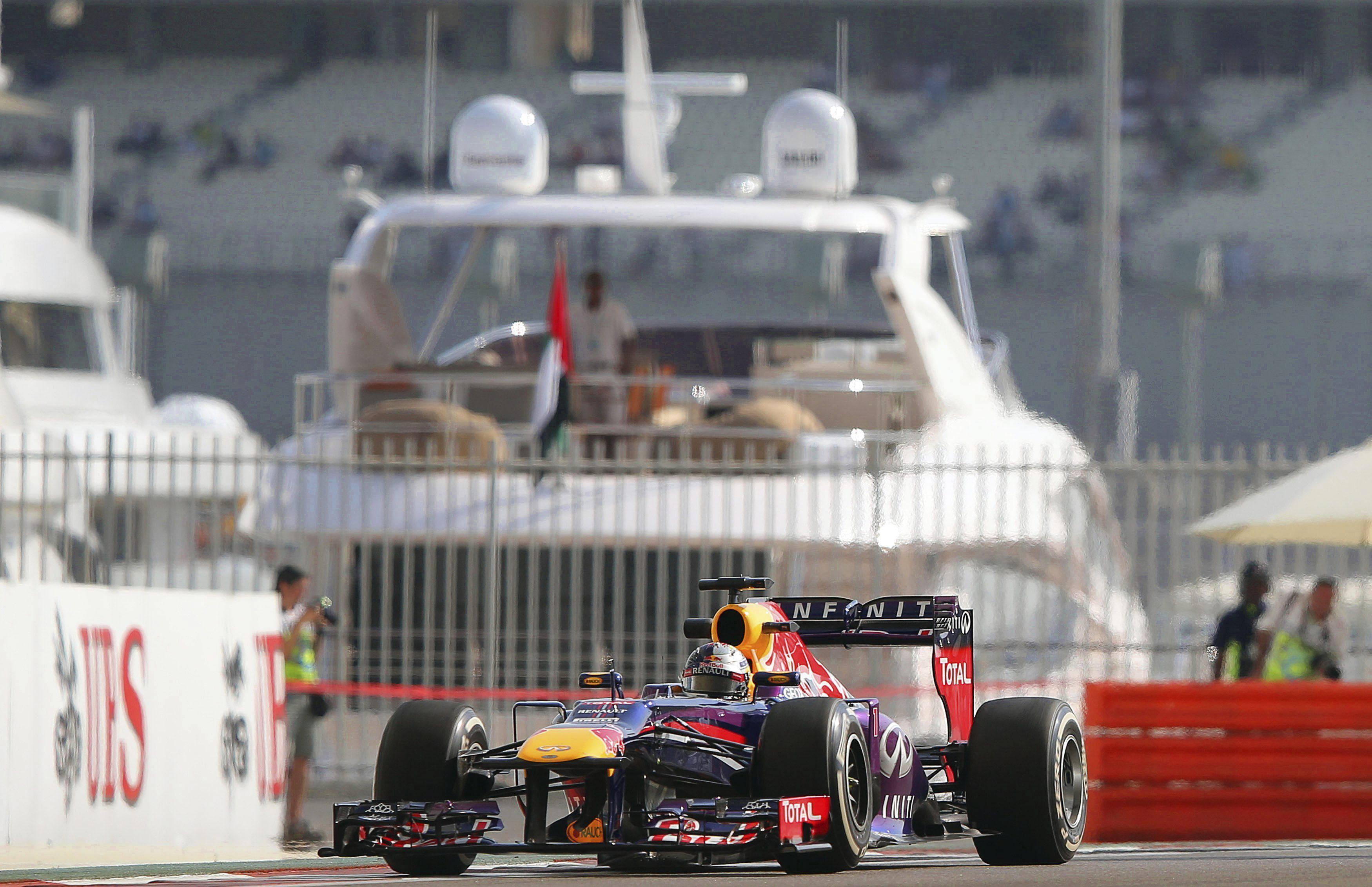 Vettel ve a los Lotus «excepcionalmente rápidos» en carrera