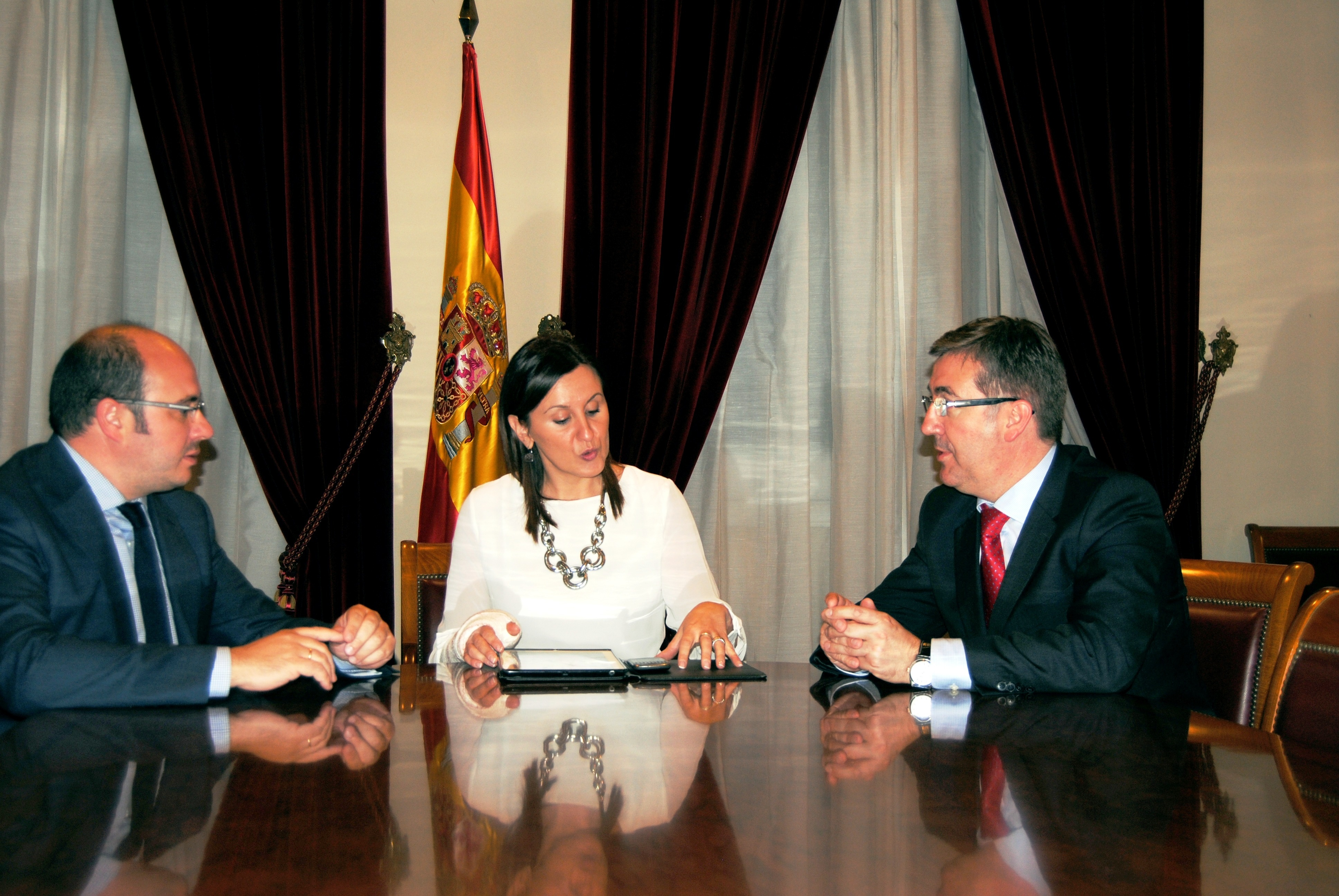Castilla-La Mancha, Murcia y Valencia compartirán modelos de FP Dual y de implantación del bilingüismo