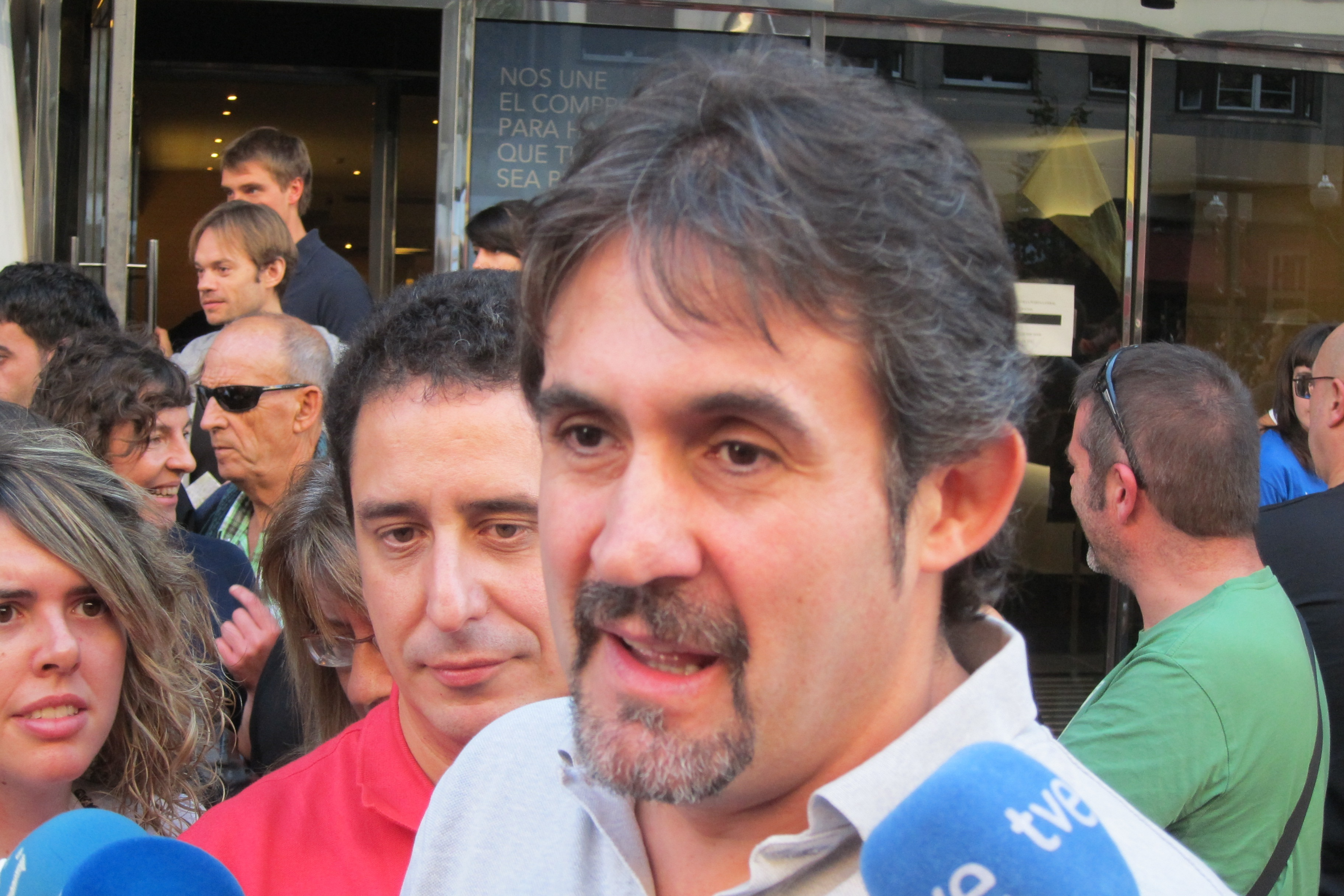 Urizar cree que PP y UPN llegan «al ridículo» con mociones para declarar a presos excarcelados personas «non gratas»