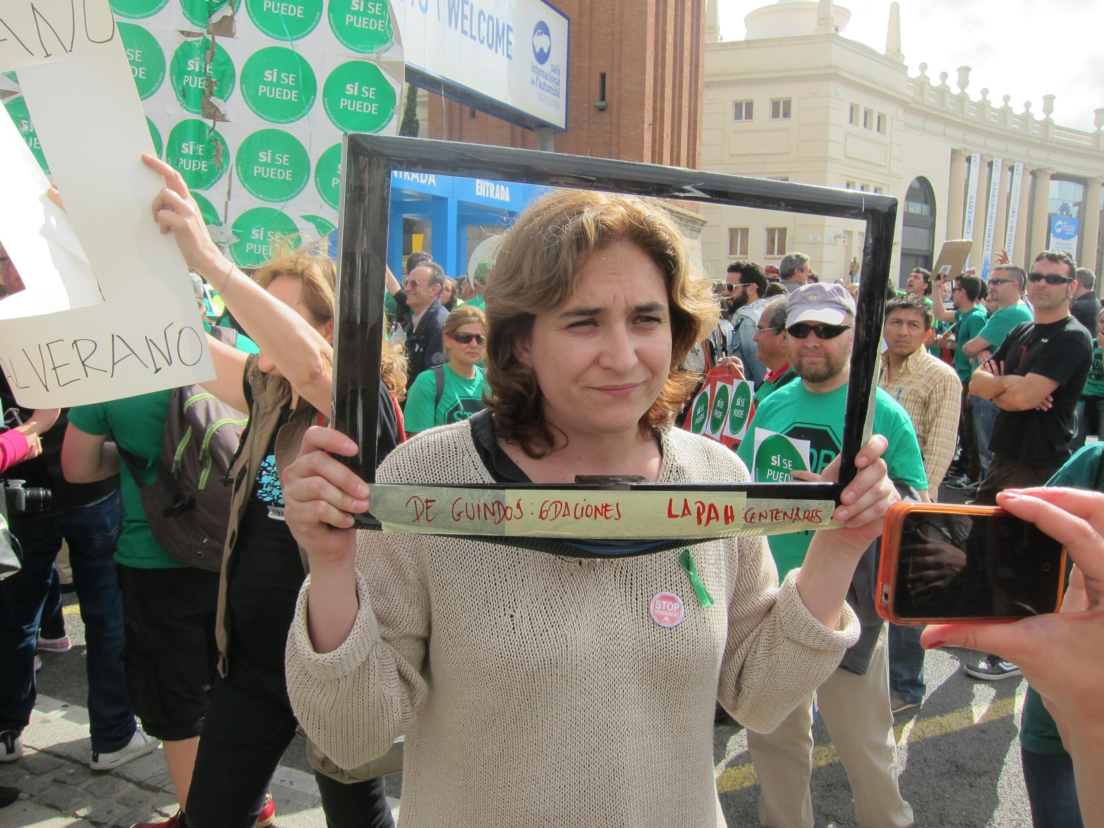 Ada Colau llama a una jornada de desobediencia y de escrache virtual contra el Gobierno