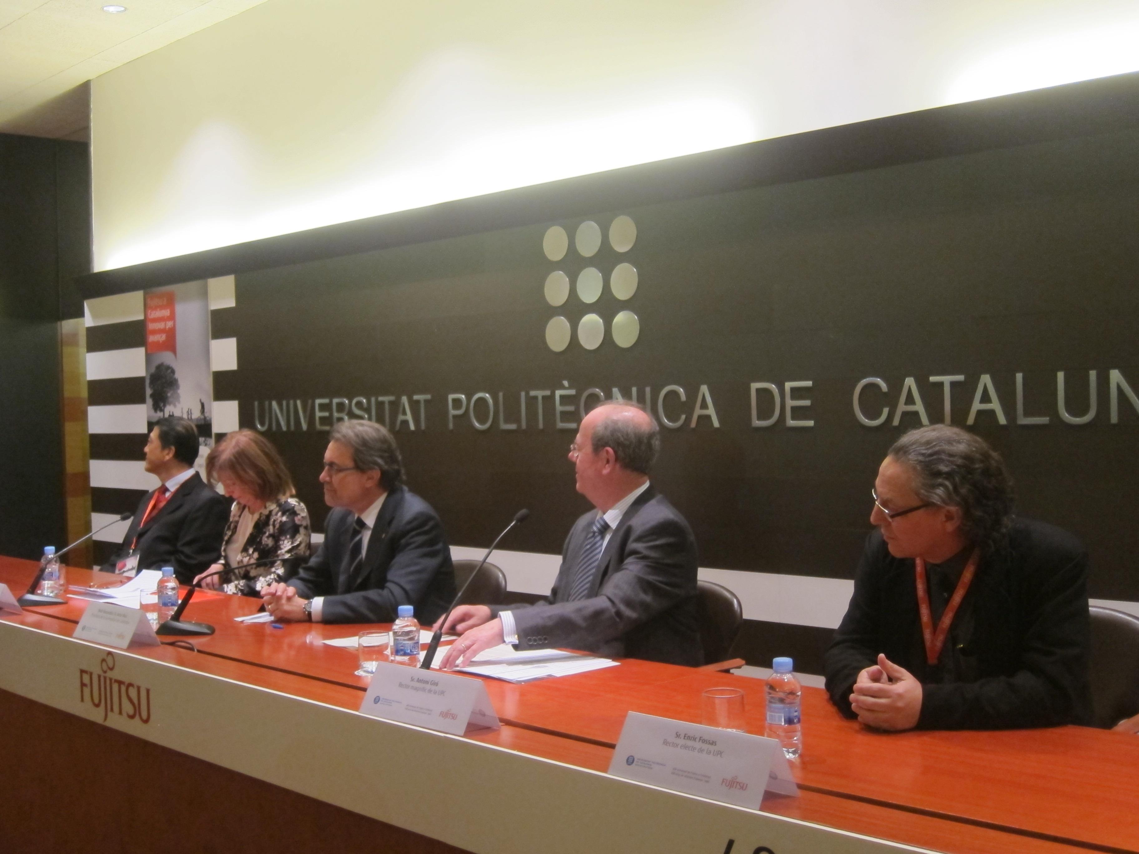 Artur Mas cree que el lenguaje de Aznar es «anticuado, pasado de moda y desfasado»