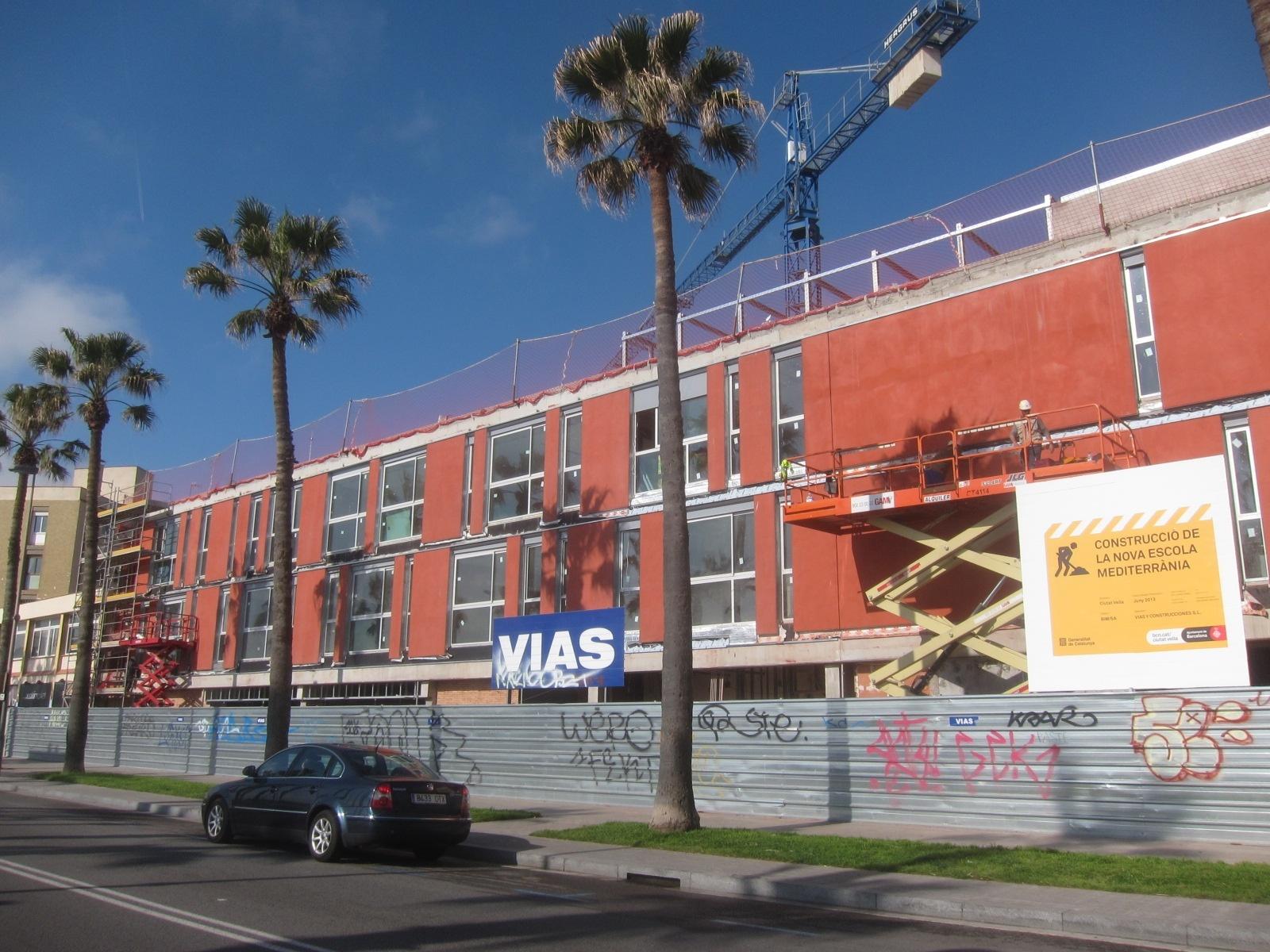 Barcelona aprueba pedir a la Generalitat el dinero para construir las escuelas pendientes