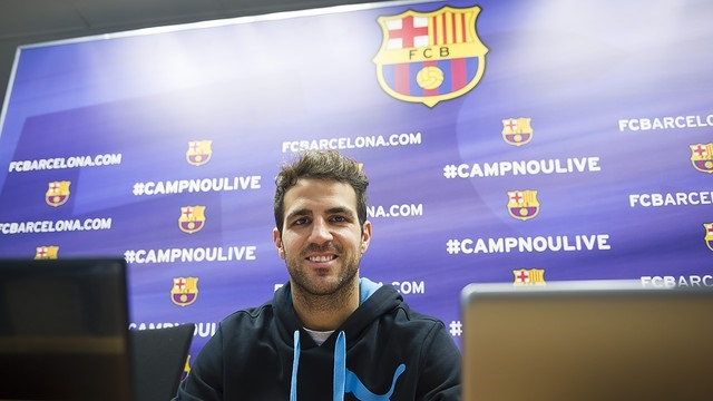 Cesc dice en Facebook que sería un sueño retirarse en el Barça