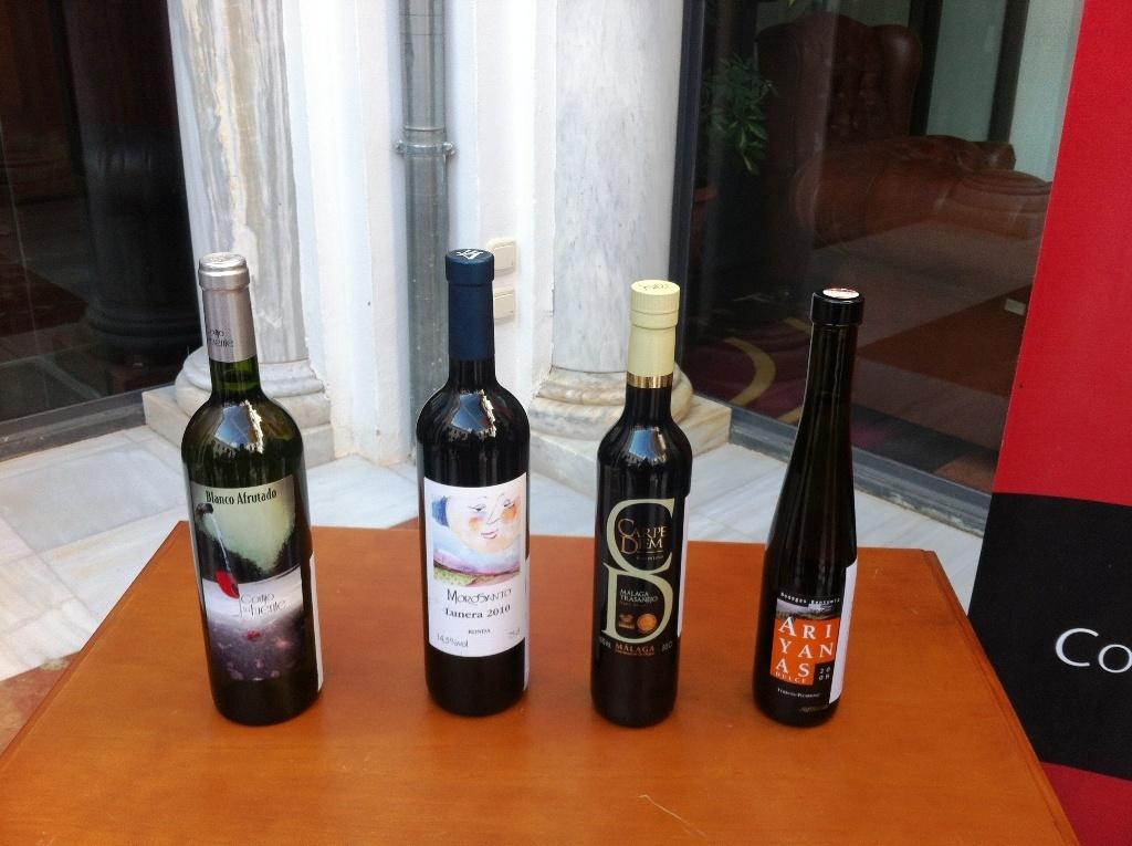 Cortijo La Fuente, Morosanto, Bentomiz y Tierras de Mollina ganan el I Concurso de Vinos »Sabor a Málaga»