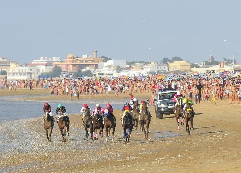Costas reclama al Ayuntamiento de Sanlúcar un canon por la celebración de las carreras de caballos