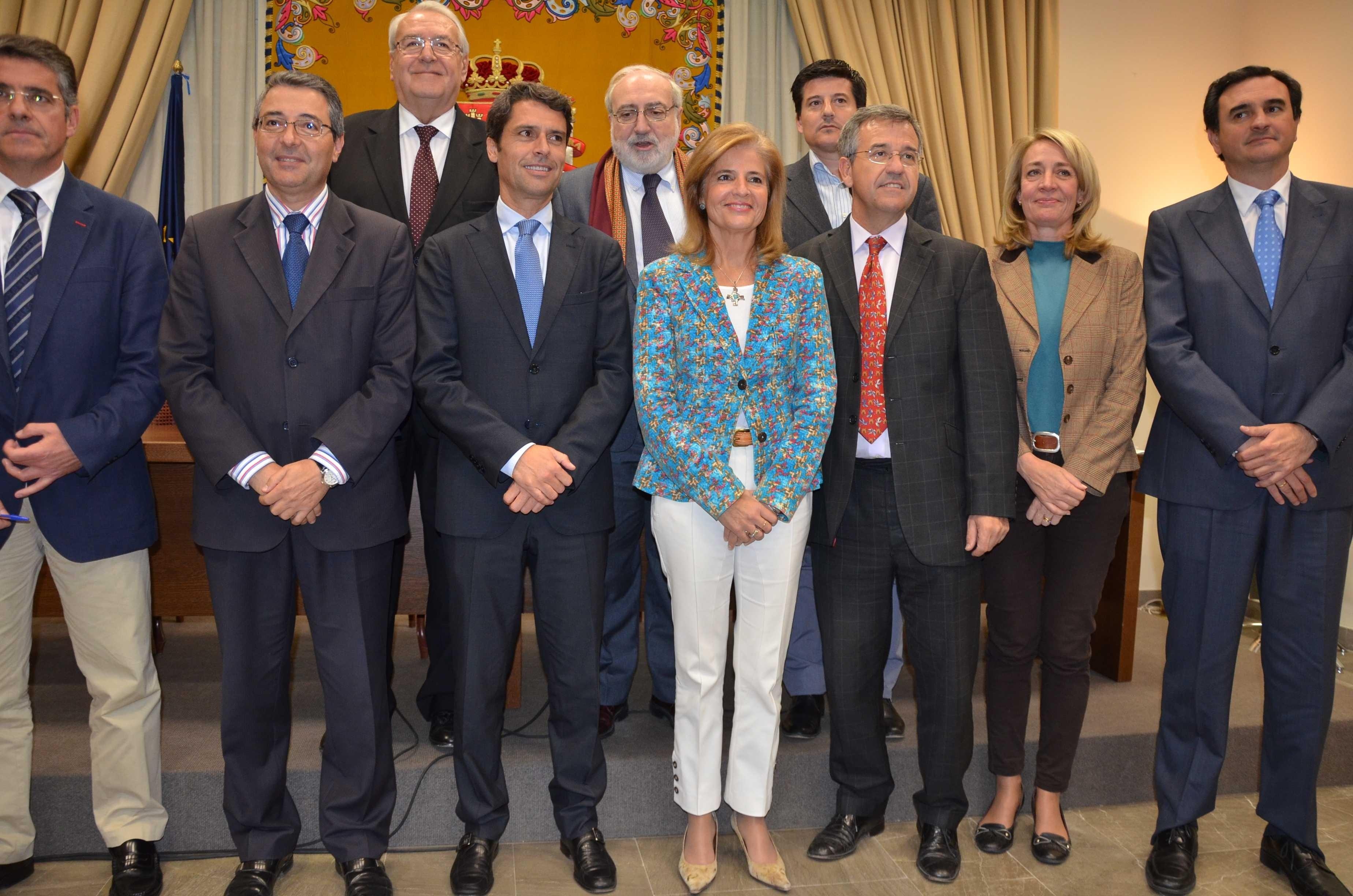 Gobierno y 11 ayuntamientos destinarán 2,5 millones para mejorar la competitividad de pymes turísticas