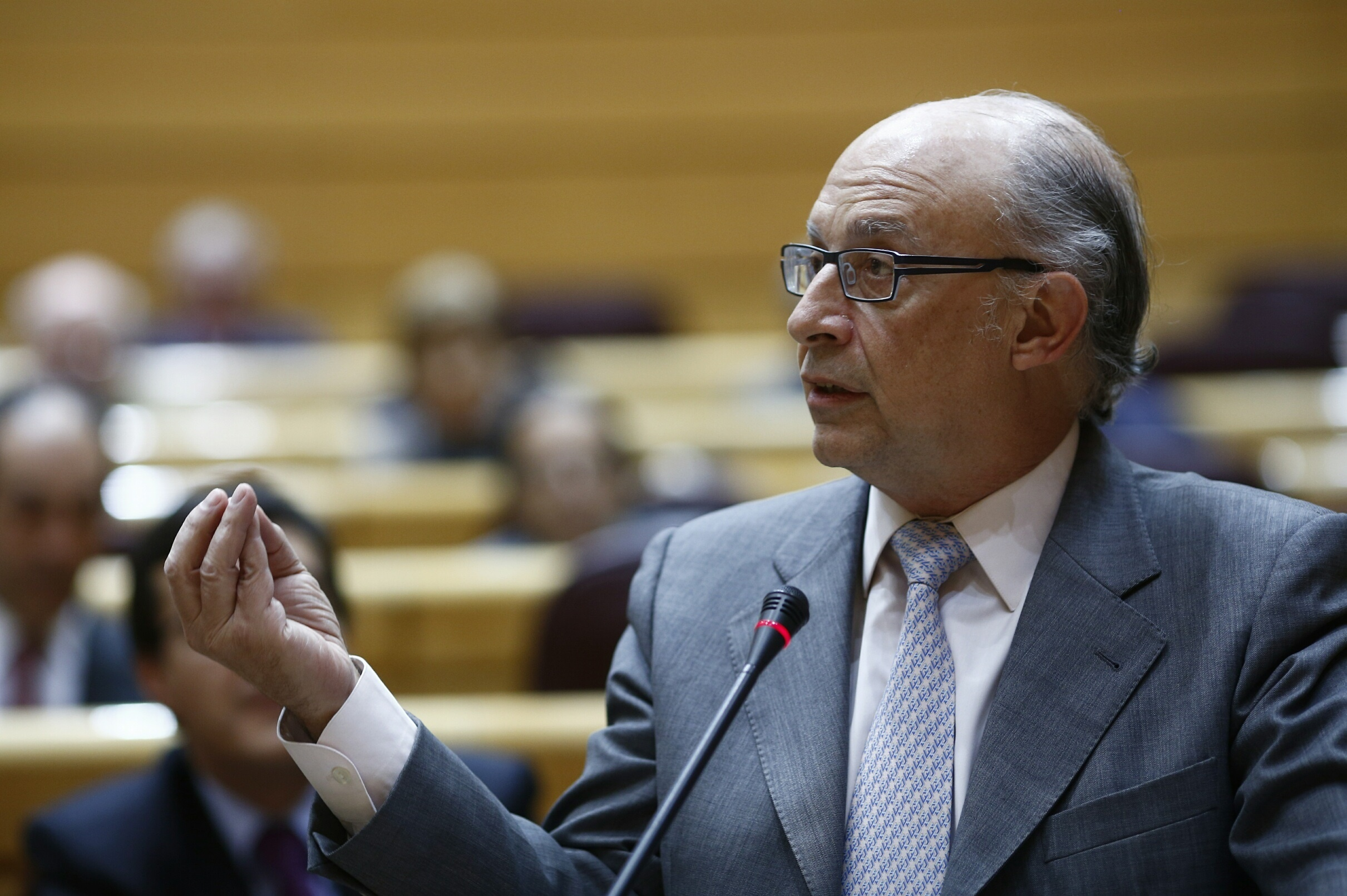 Montoro responde a Feijóo que el Gobierno «no tiene intención de controlar» a las CCAA sino de que se cumpla el déficit