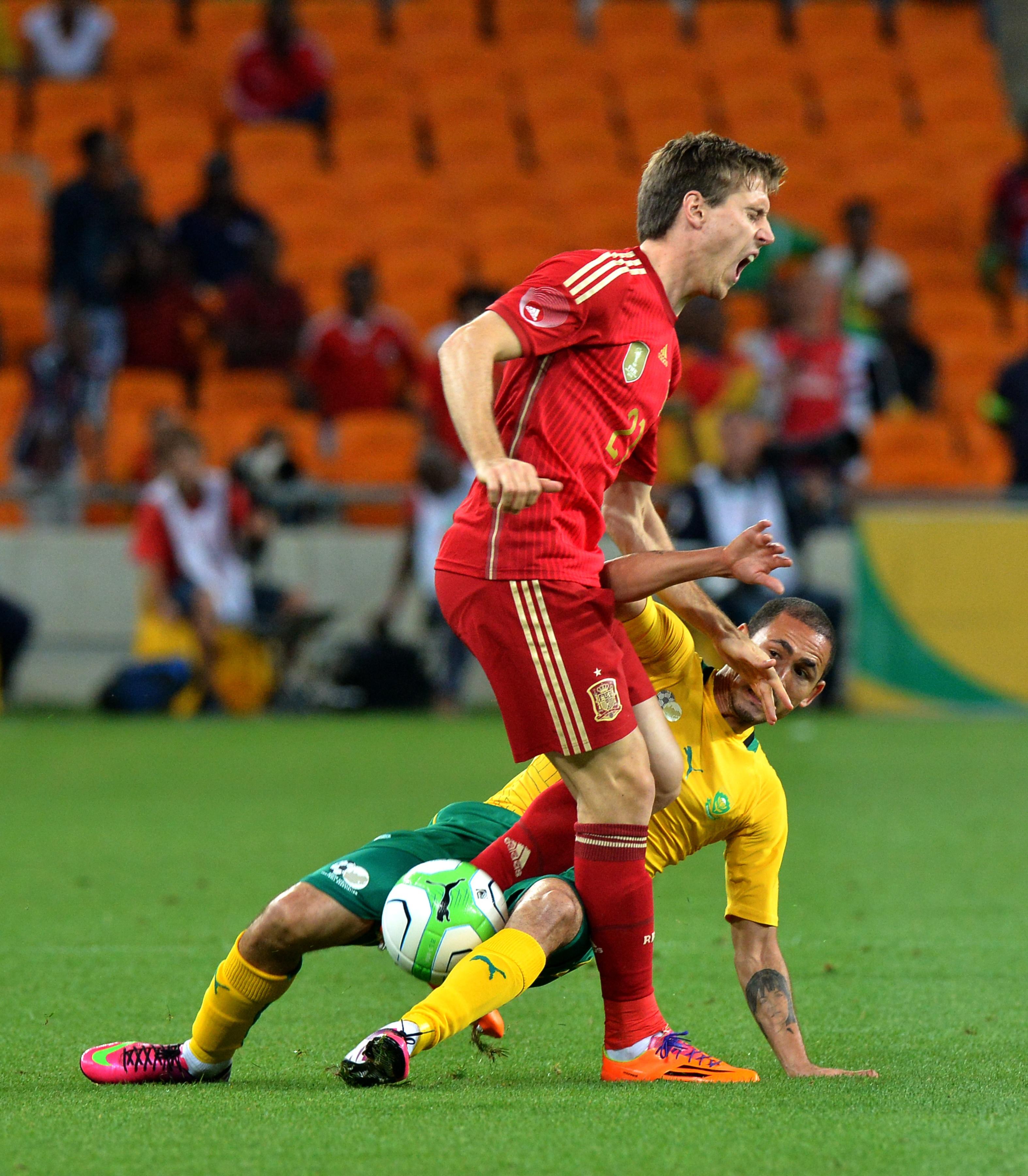 España pierde con Sudáfrica y da una preocupante imagen