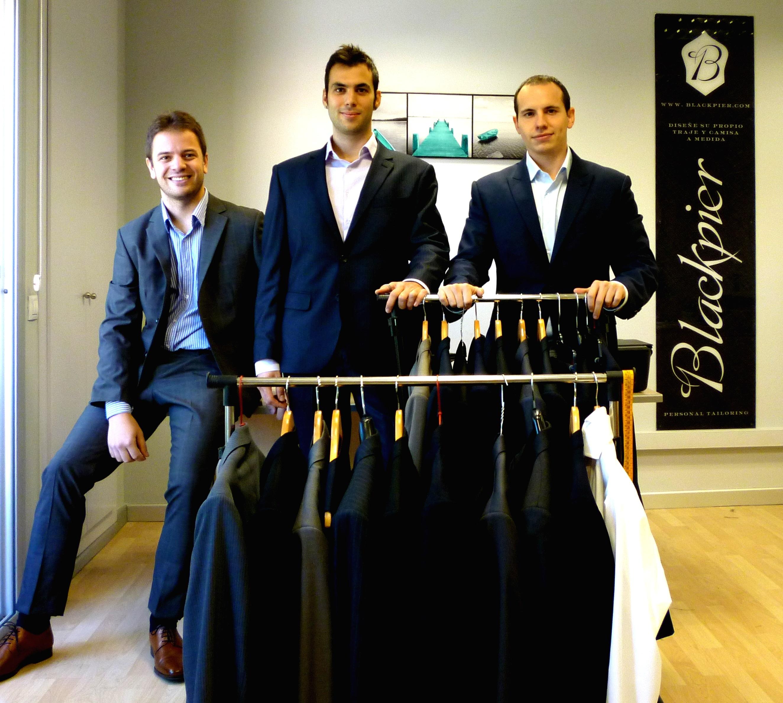 La sastrería »online» Blackpier vende en Inglaterra, Francia e Italia trajes cosidos en China