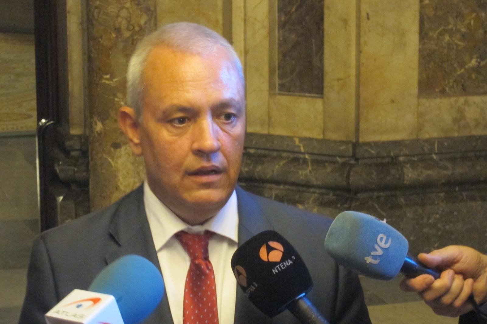 Camacho hablará de Método 3 en el Parlamento catalán cuando haya una lista completa de comparecientes