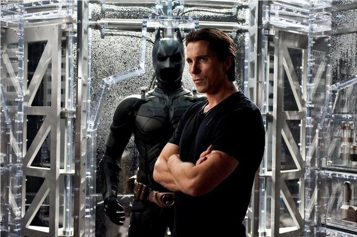 El consejo de Christian Bale a Ben Affleck para ser Batman es no orinar en el traje