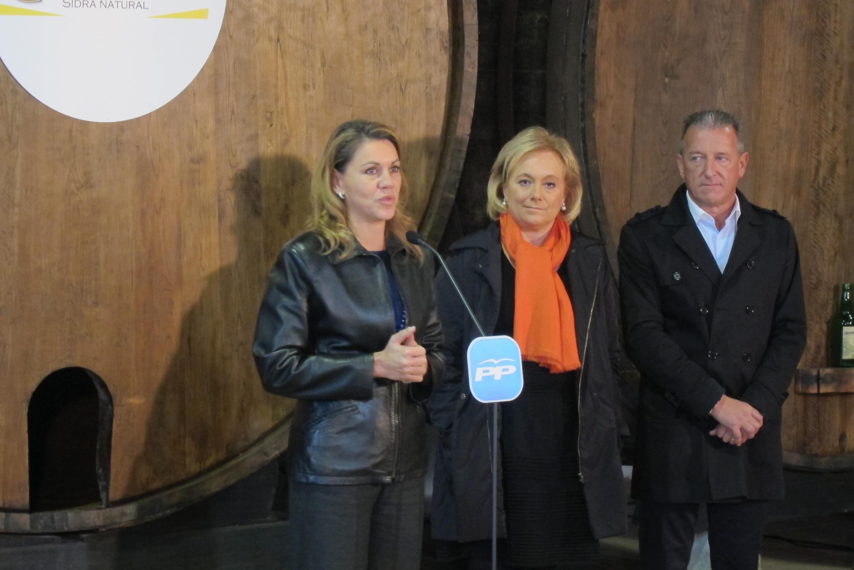 Cospedal, «muy orgullosa» del papel de Mercedes Fernández al frente del PP asturiano