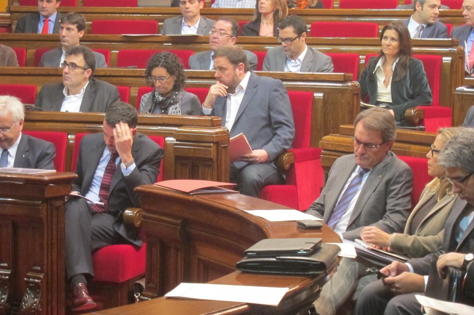 Mas-Colell dice que «el ayuntamiento más maltratado» de Cataluña es la Generalitat