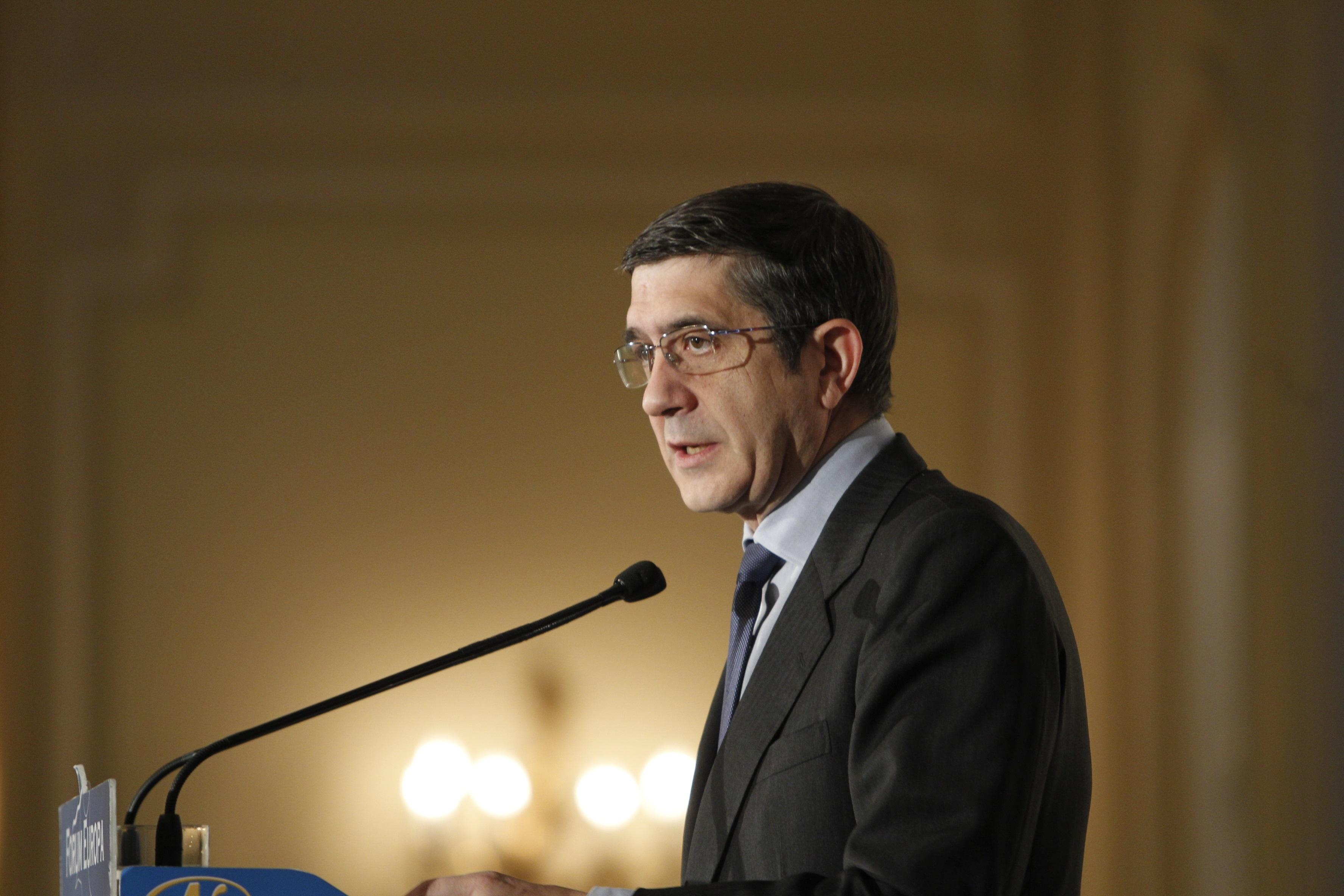 Los socialistas vascos, los únicos que bajarían si hubiera elecciones en Euskadi
