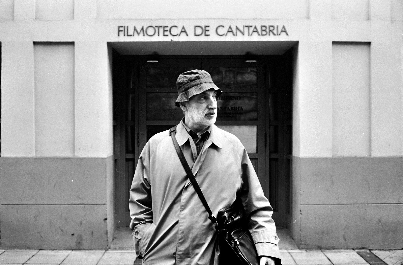 Santander y Bilbao rinden homenaje al cineasta cántabro Paulino Viota