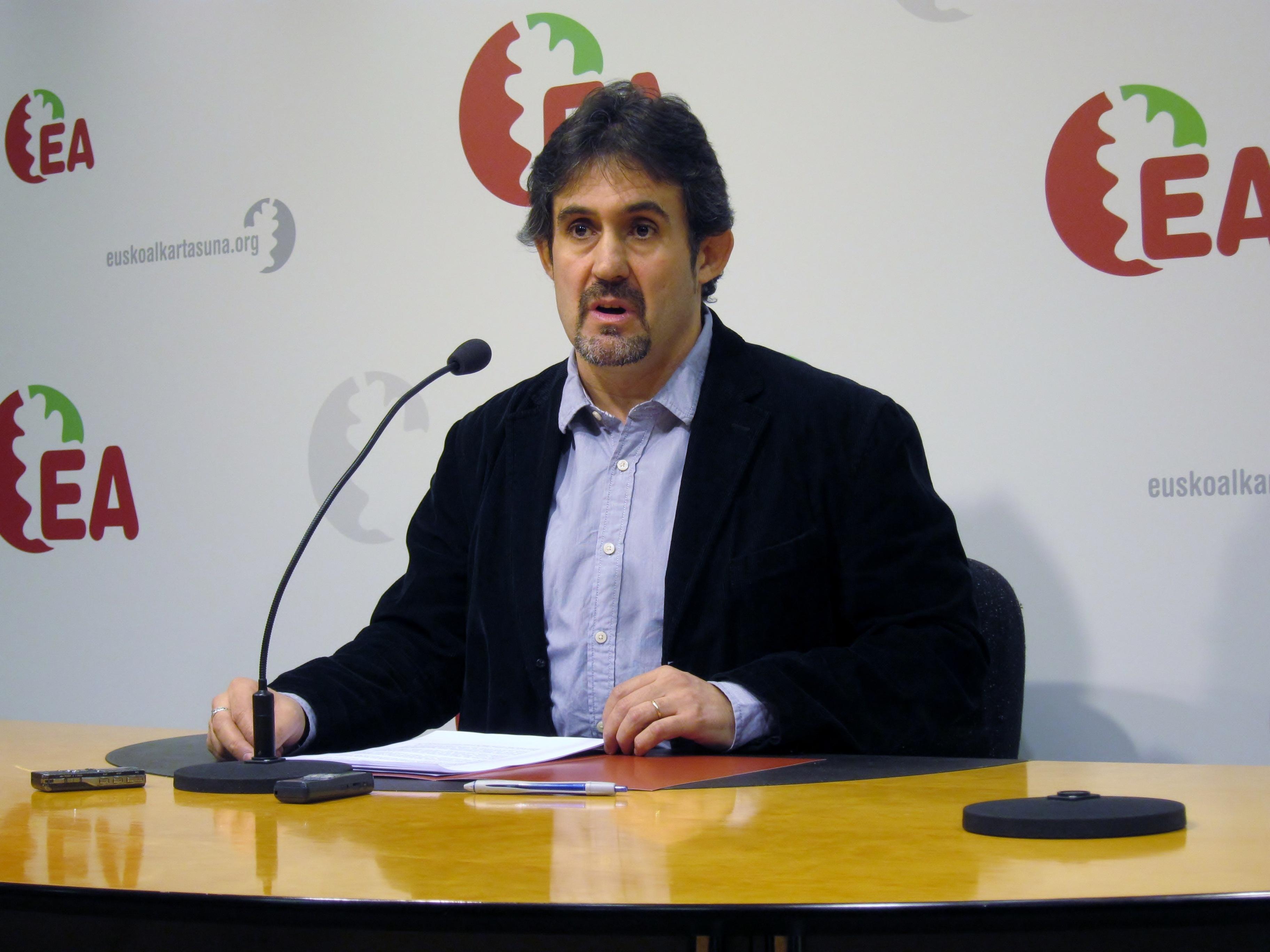 Urizar dice que Arraiz habló del rechazo a «aceptar con normalidad la transición» al afirmar que HB acertó hace 35 años