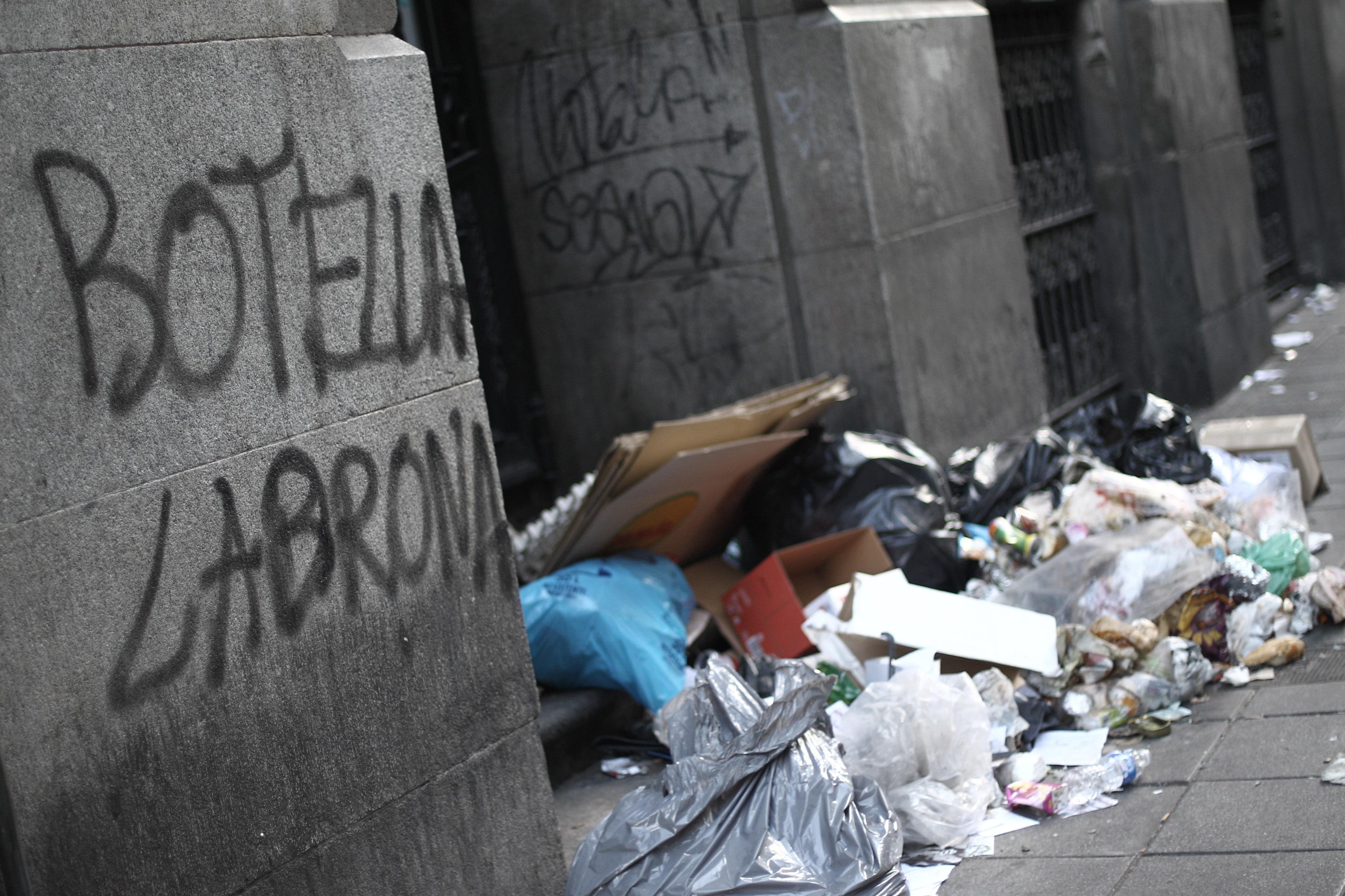 La huelga de limpieza se salda con 8.716 horas extras de 3.488 agentes municipales y 125 inspecciones sanitarias diarias