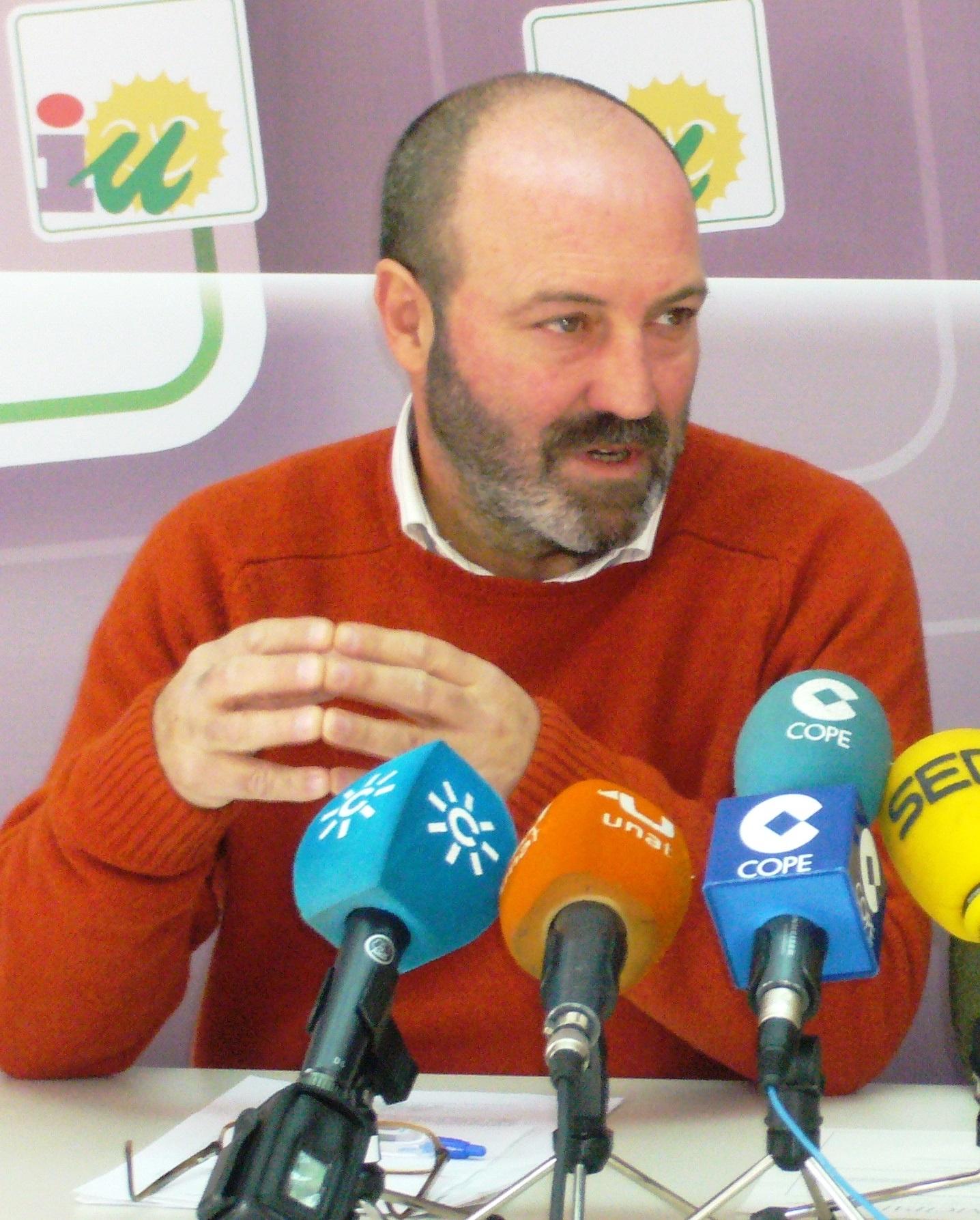 IU llevará iniciativa a Parlamento y Diputación para intentar que los monitores de colegios recuperen su empleo