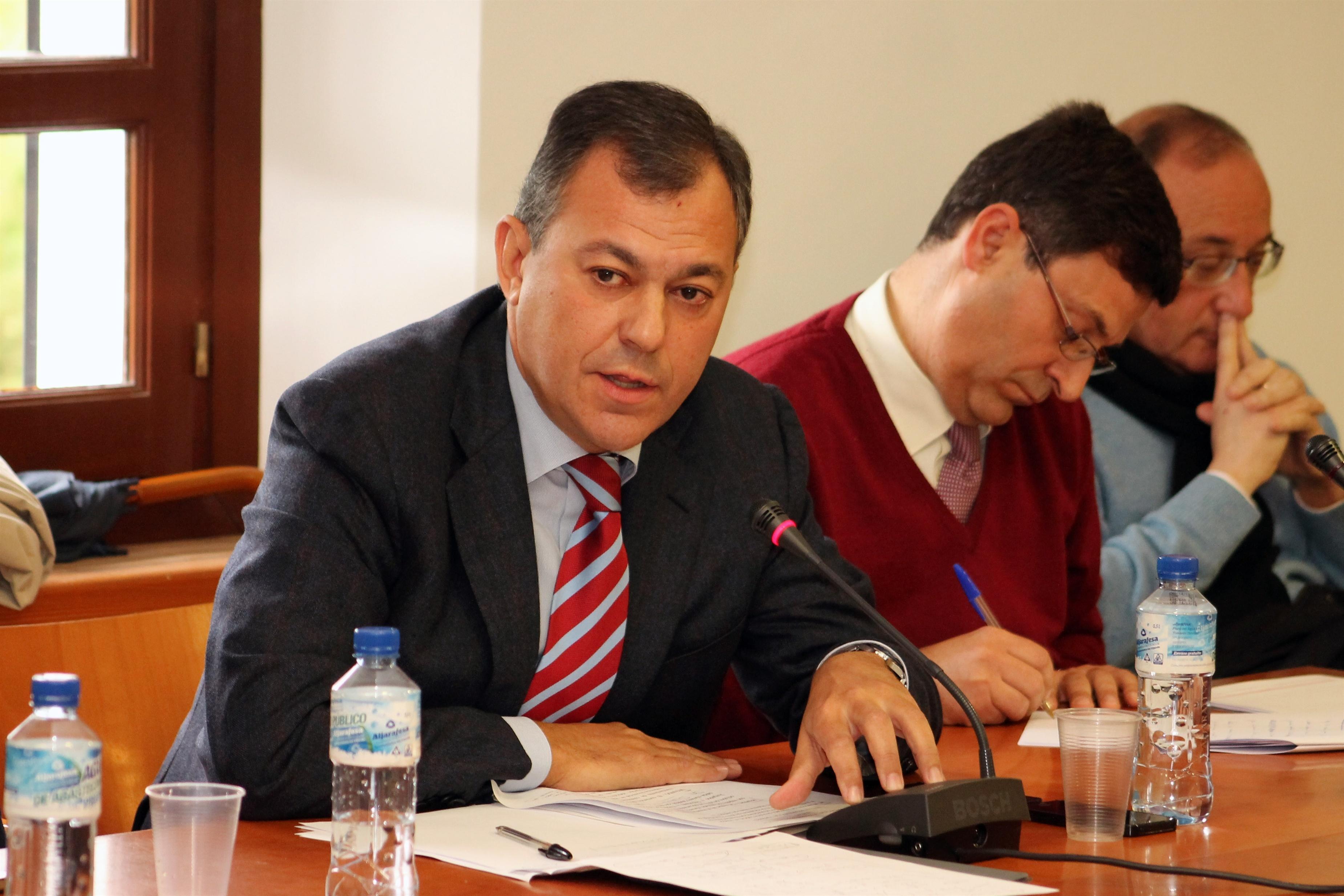 Alcalde de Tomares insiste en que «no hay nada que ocultar» sobre su gestión frente a las críticas de oposición