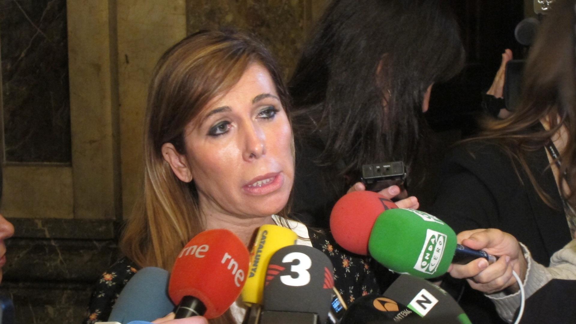 Camacho considera una «obscenidad política» la reunión entre Mas y Junqueras