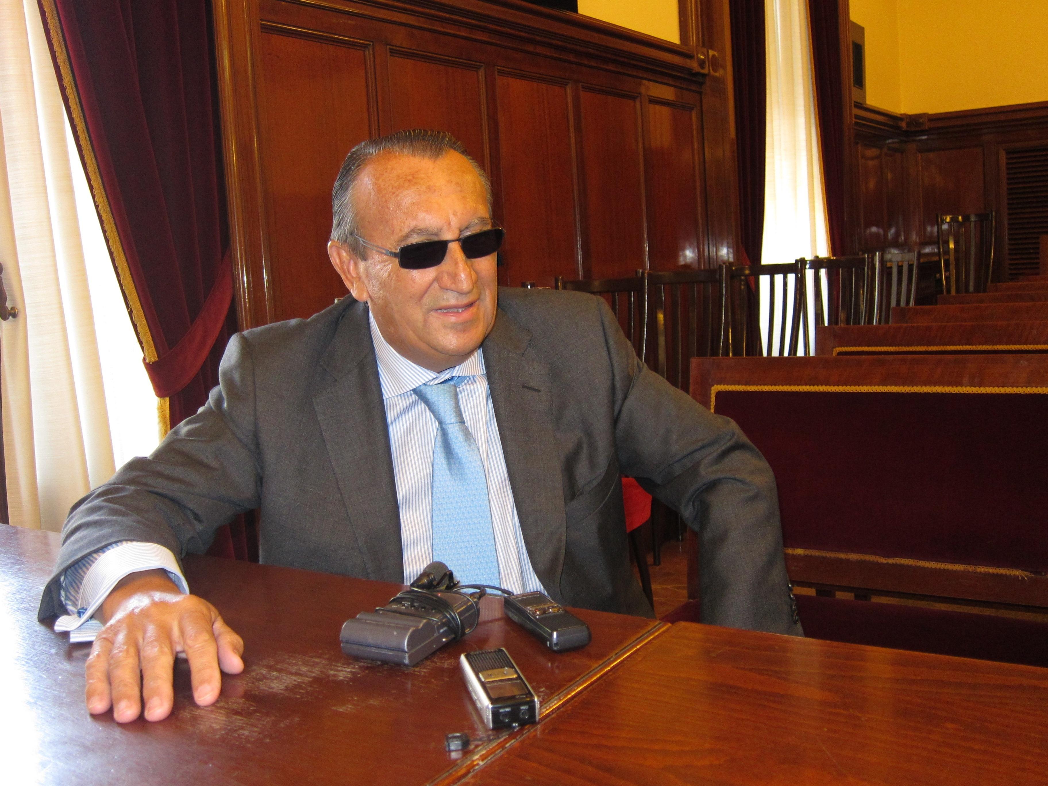 Carlos Fabra no sabe si votará al PP en las próximas elecciones y asegura no conocer a Javier Moliner
