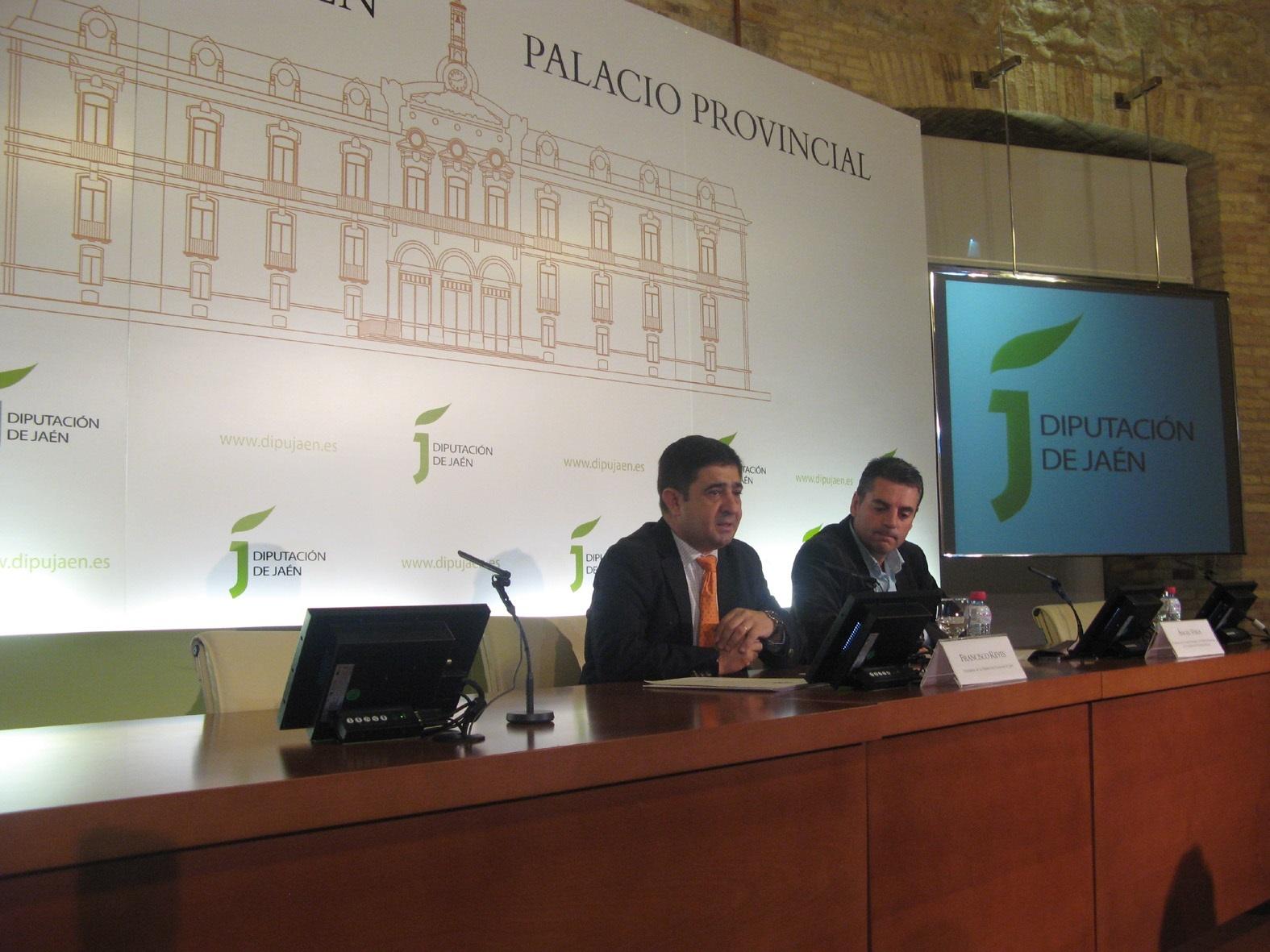 La Diputación subvenciona con 60.000 euros a 14 ayuntamientos para que renueven sus equipamientos informáticos