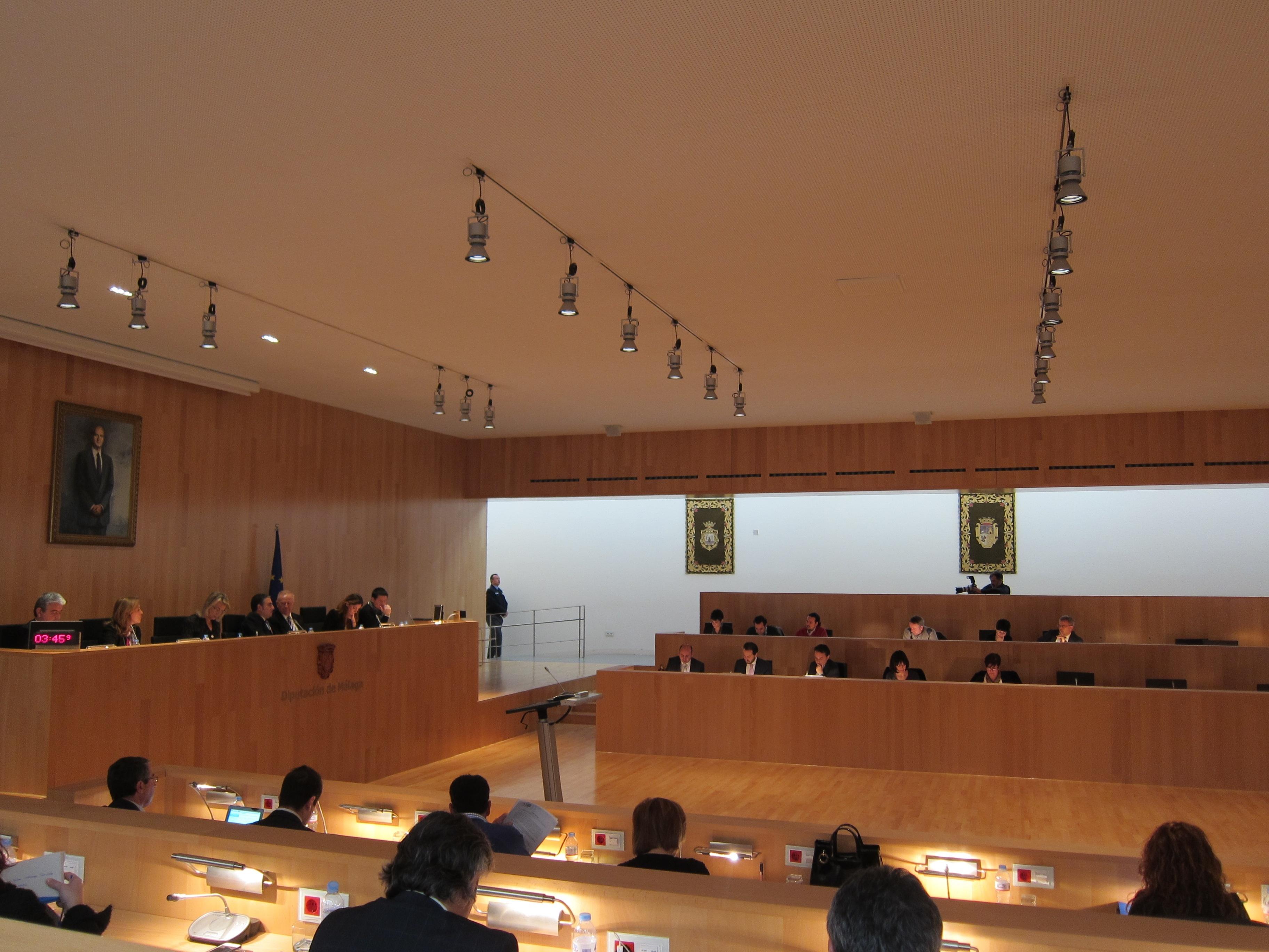 La Diputación transfiere 67,5 millones de euros a los municipios en 2013, según un informe del interventor