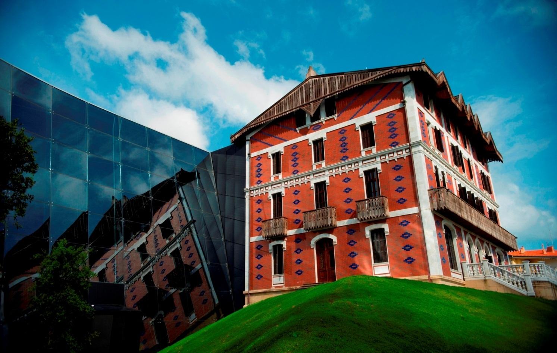 La Fundación Cristóbal Balenciaga aprueba un presupuesto de 1.358.720 euros para el próximo año