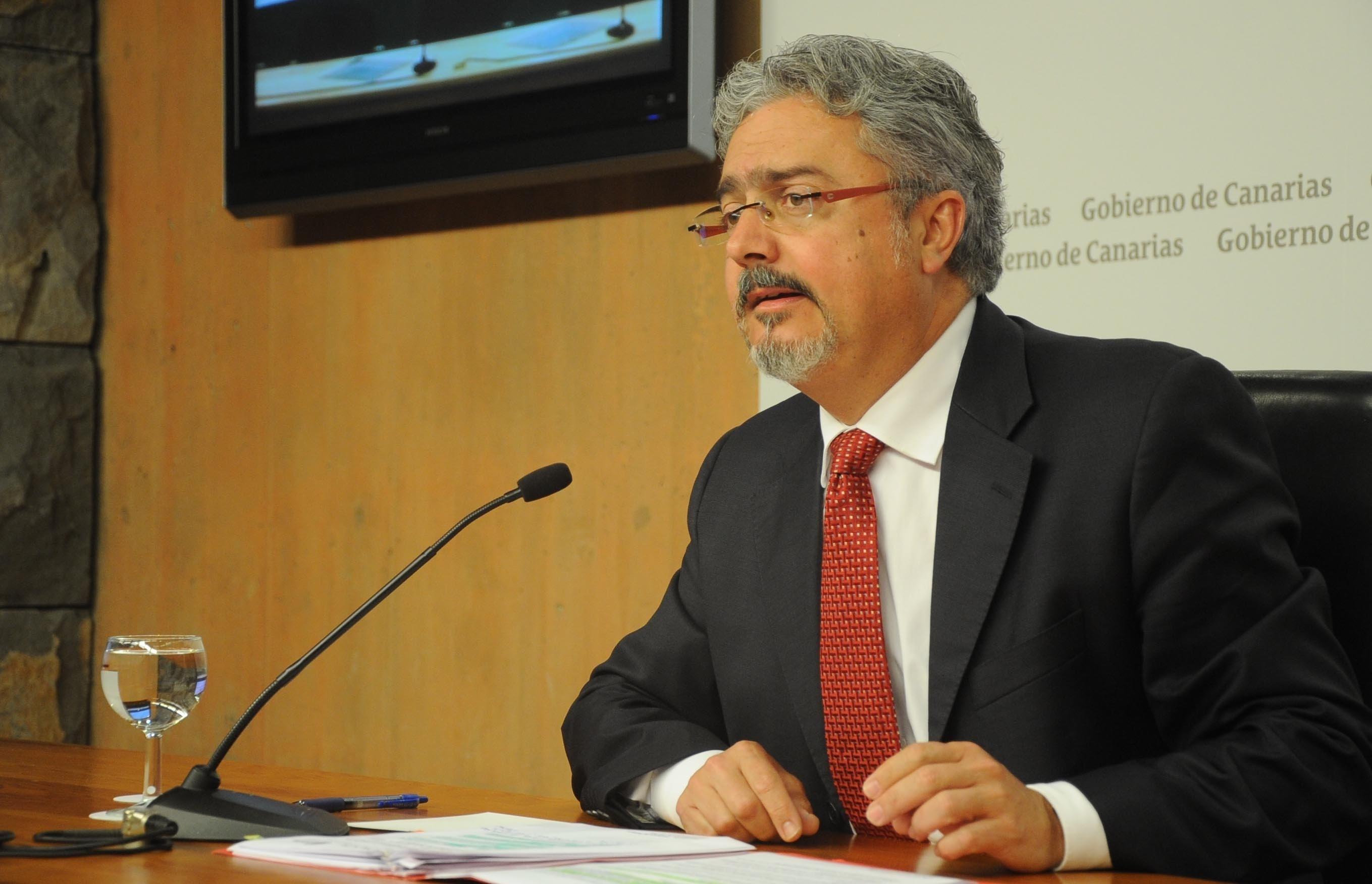 El Gobierno de Canarias no descarta recurrir ante el Supremo la anulación del segundo concurso eólico