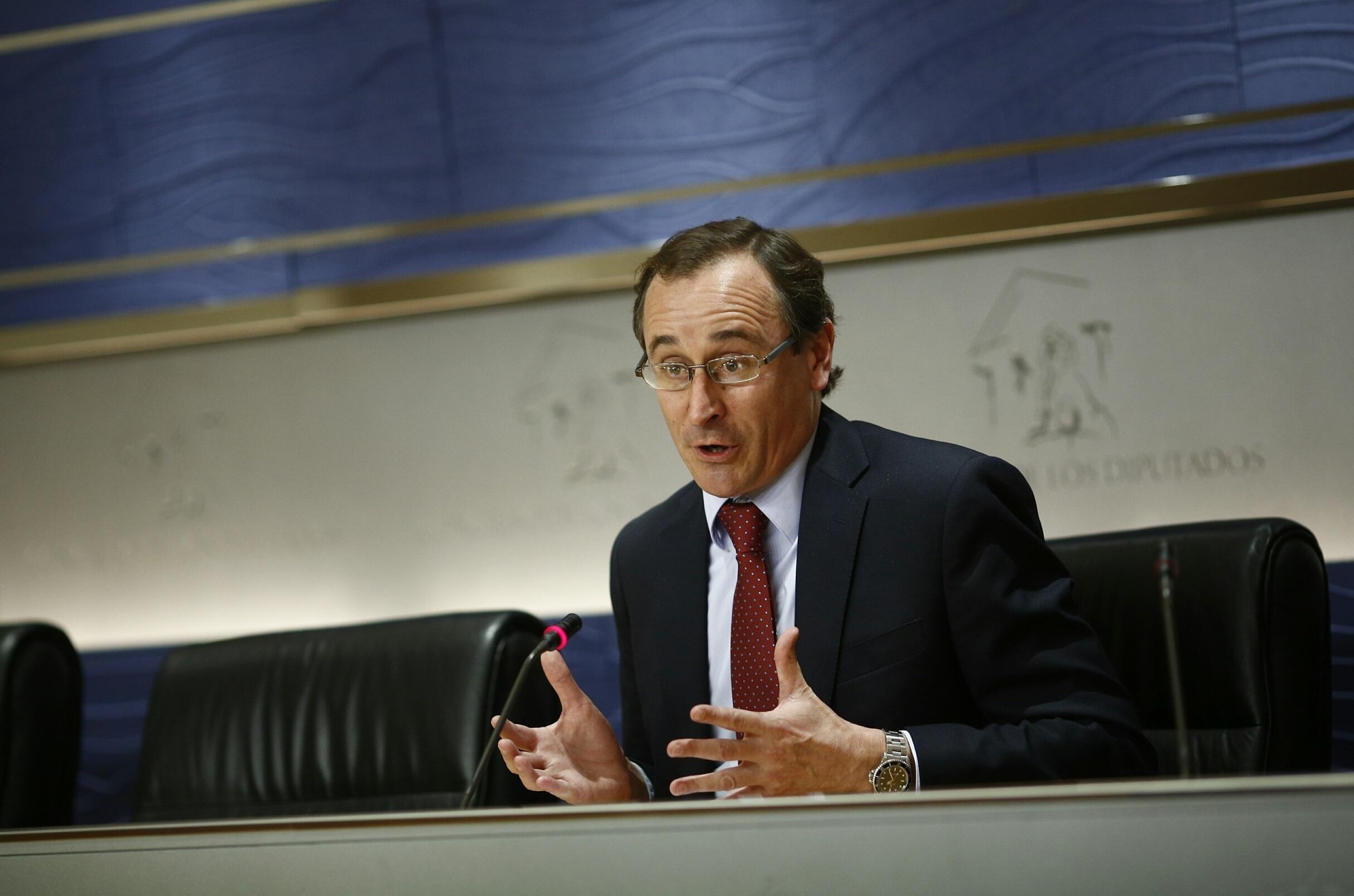 El PP admite que «determinadas informaciones» sobre Blesa no afectan «muy bien» a la imagen del partido
