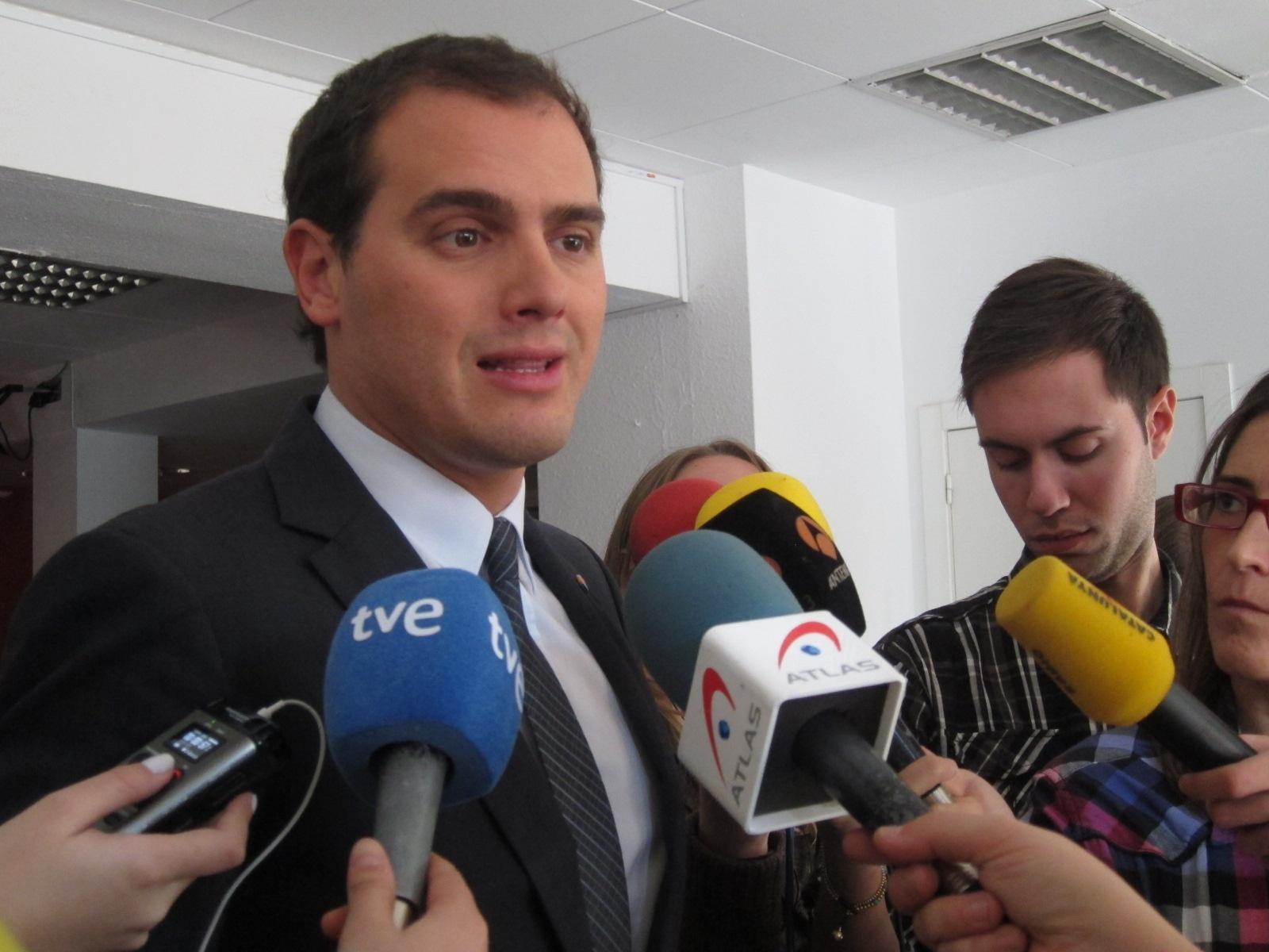 Rivera ve la suspensión de la autonomía como un mecanismo «de última instancia»