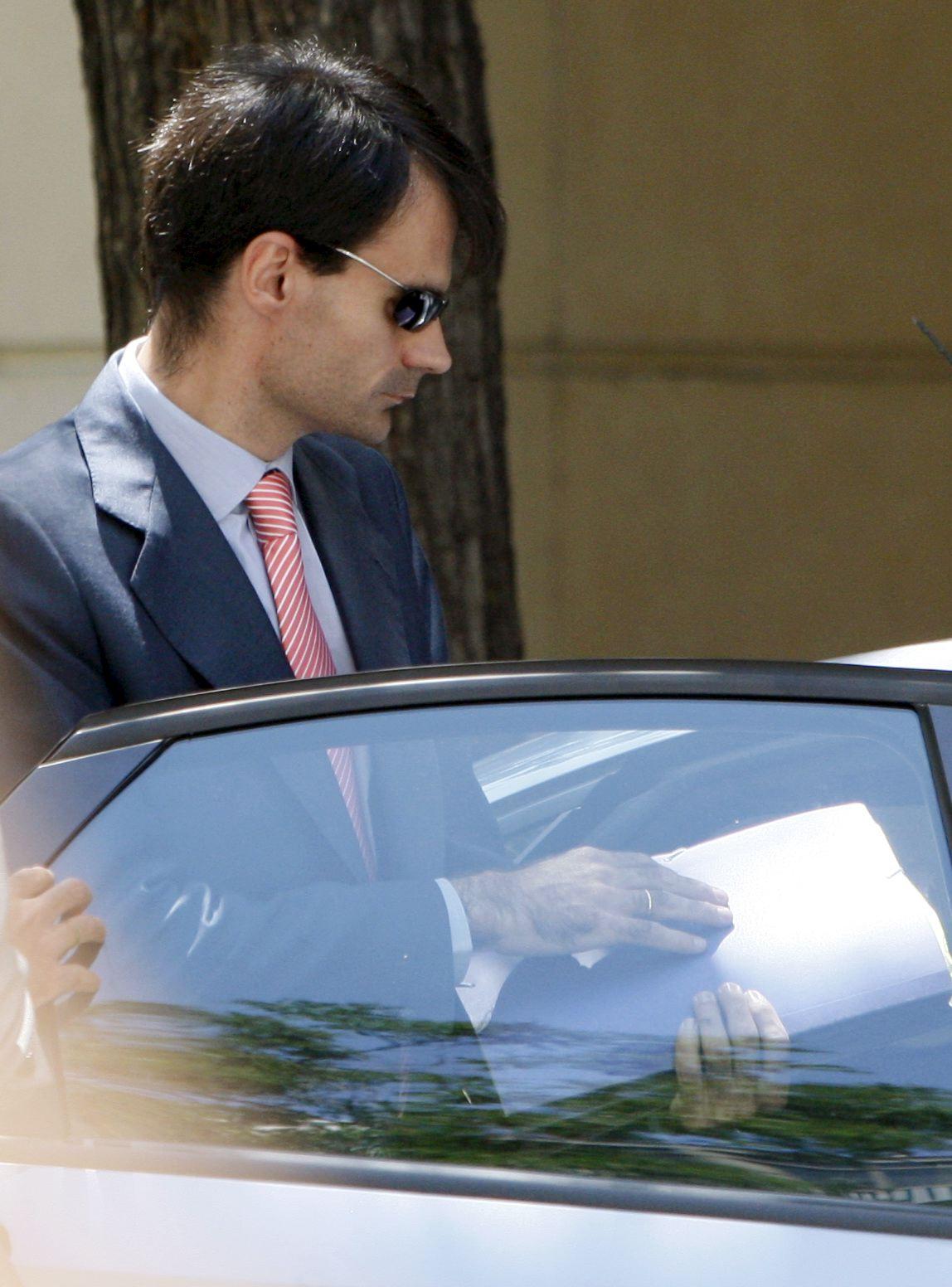 El juez Ruz suspende la declaración del cuñado de Bárcenas ante su posible imputación