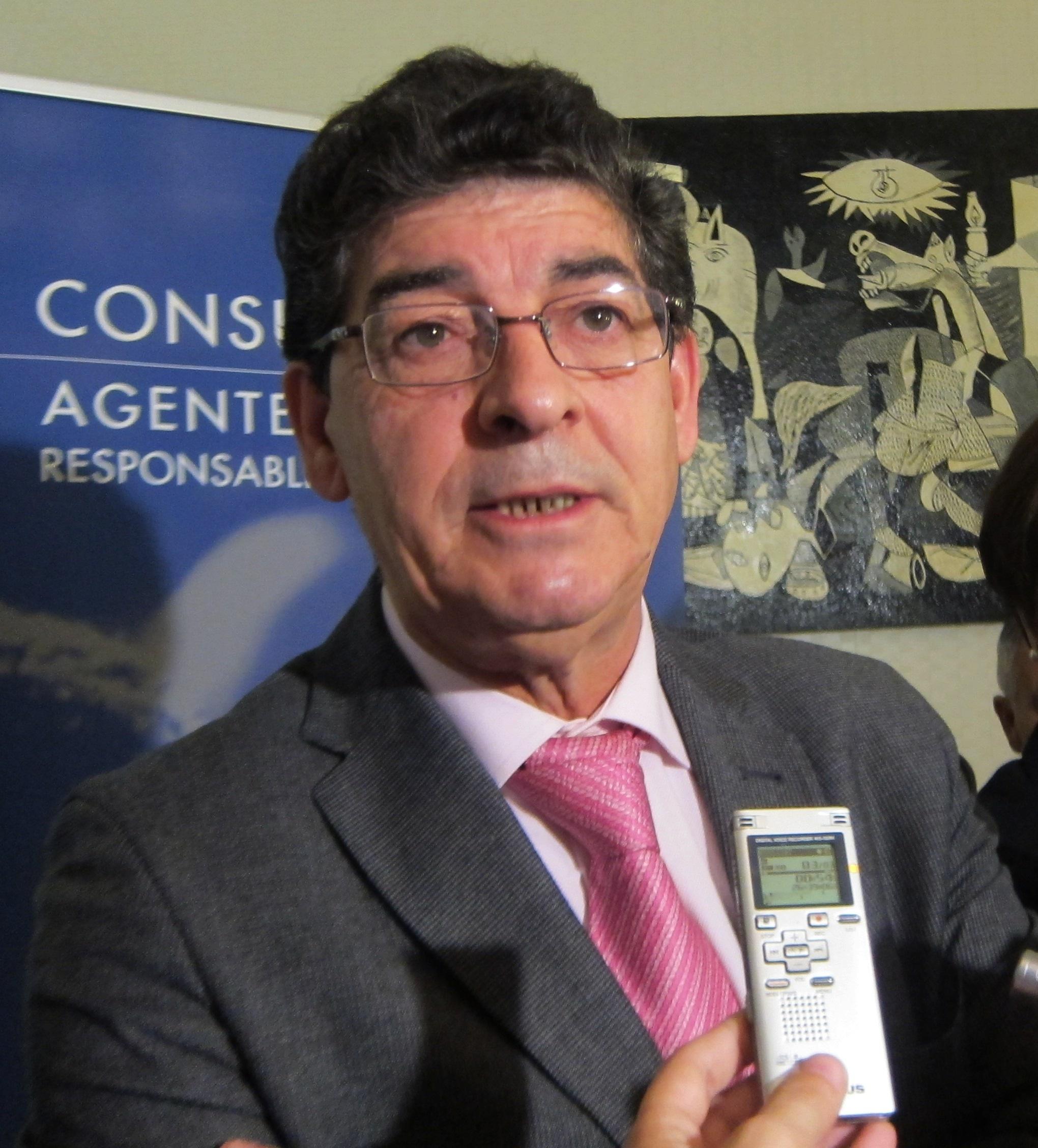 Valderas asegura que el PP-A no ha presentado ninguna enmienda «solvente y realista» al Presupuesto de la Junta