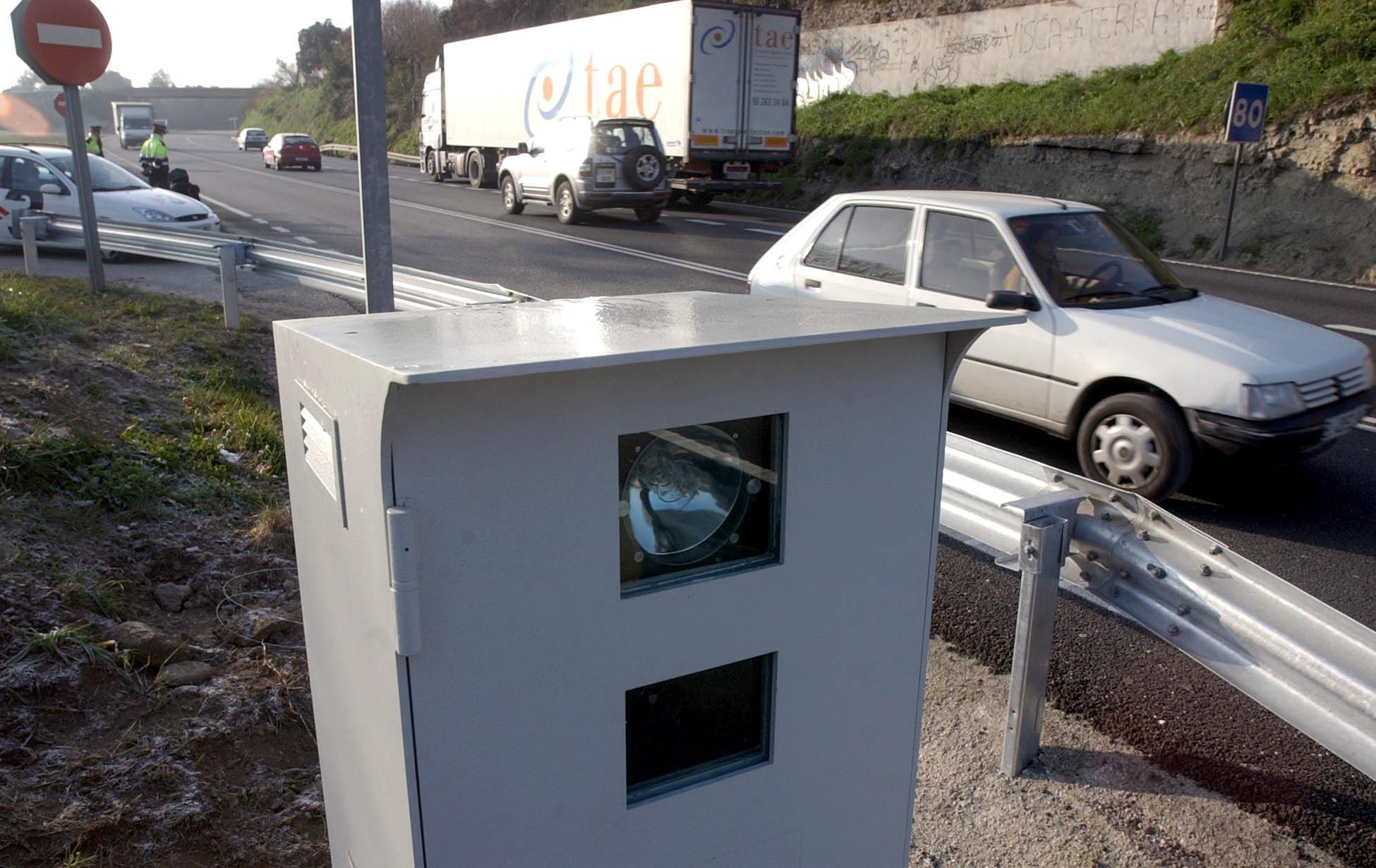 Listado completo de los radares fijos en las carreteras españolas