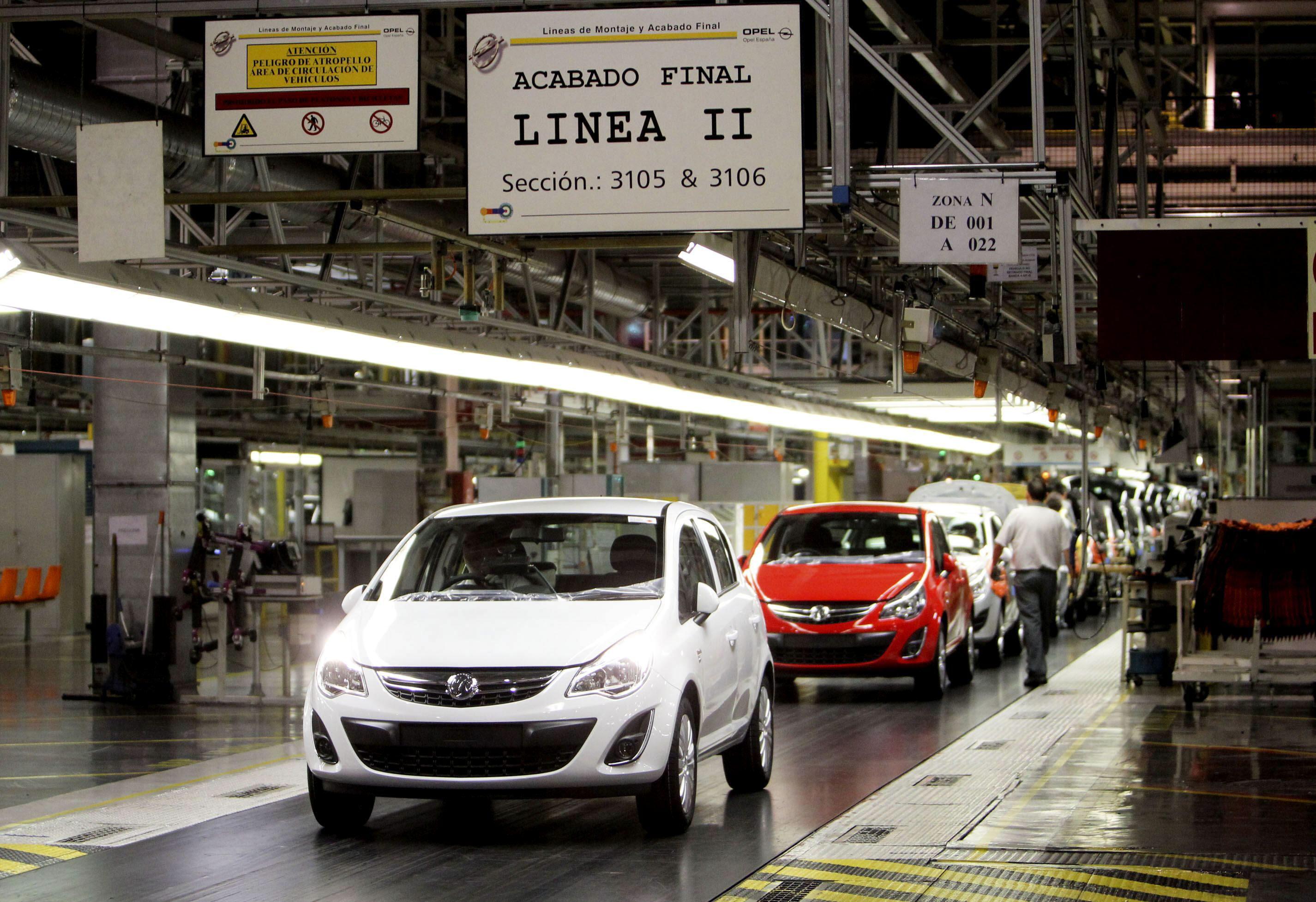Los pedidos industriales caen el 4 por ciento en octubre y las ventas el 2,6 por ciento
