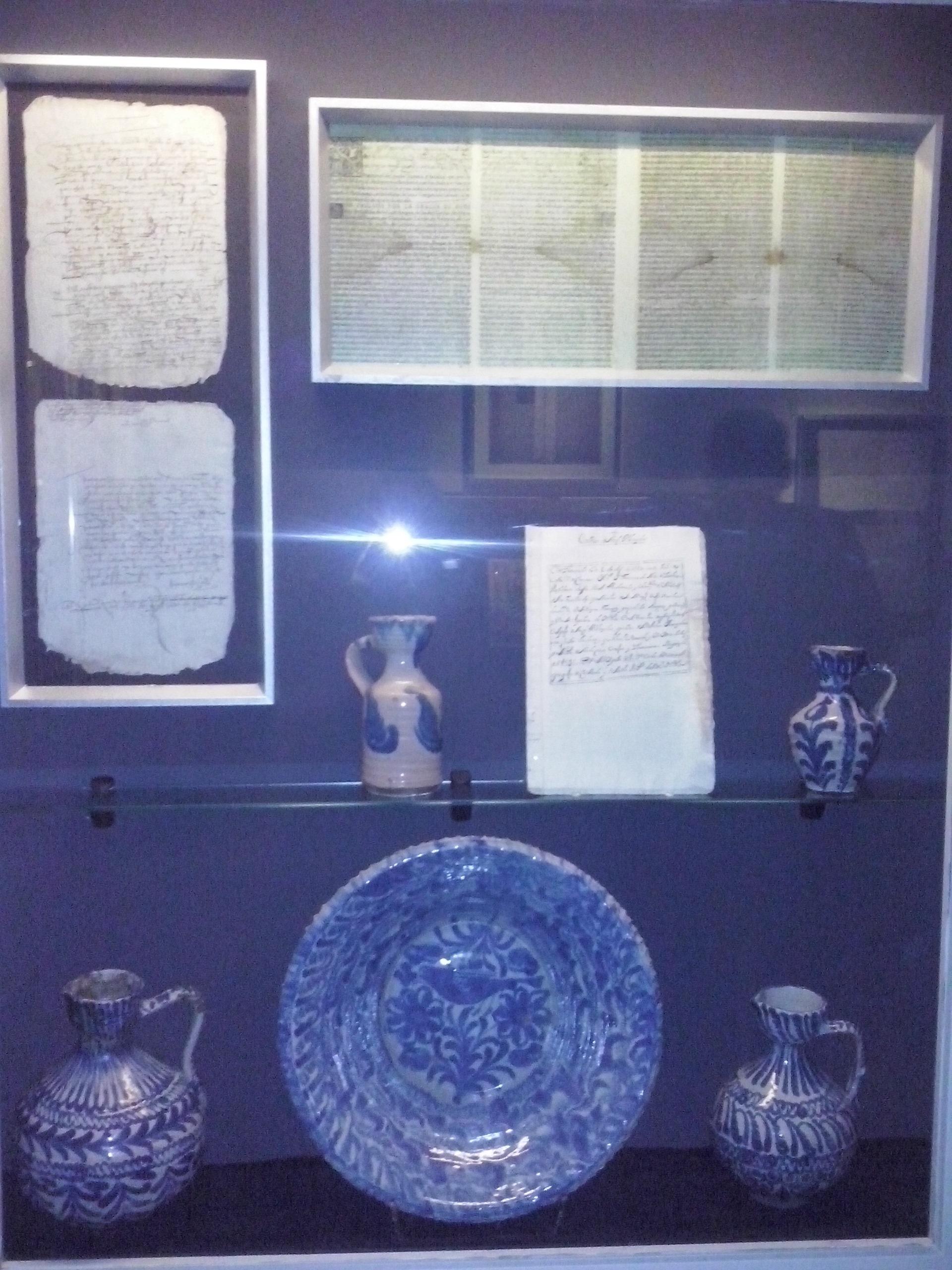 Un museo profundiza en el pasado sefardí de la ciudad y en su cultura mediante piezas históricas