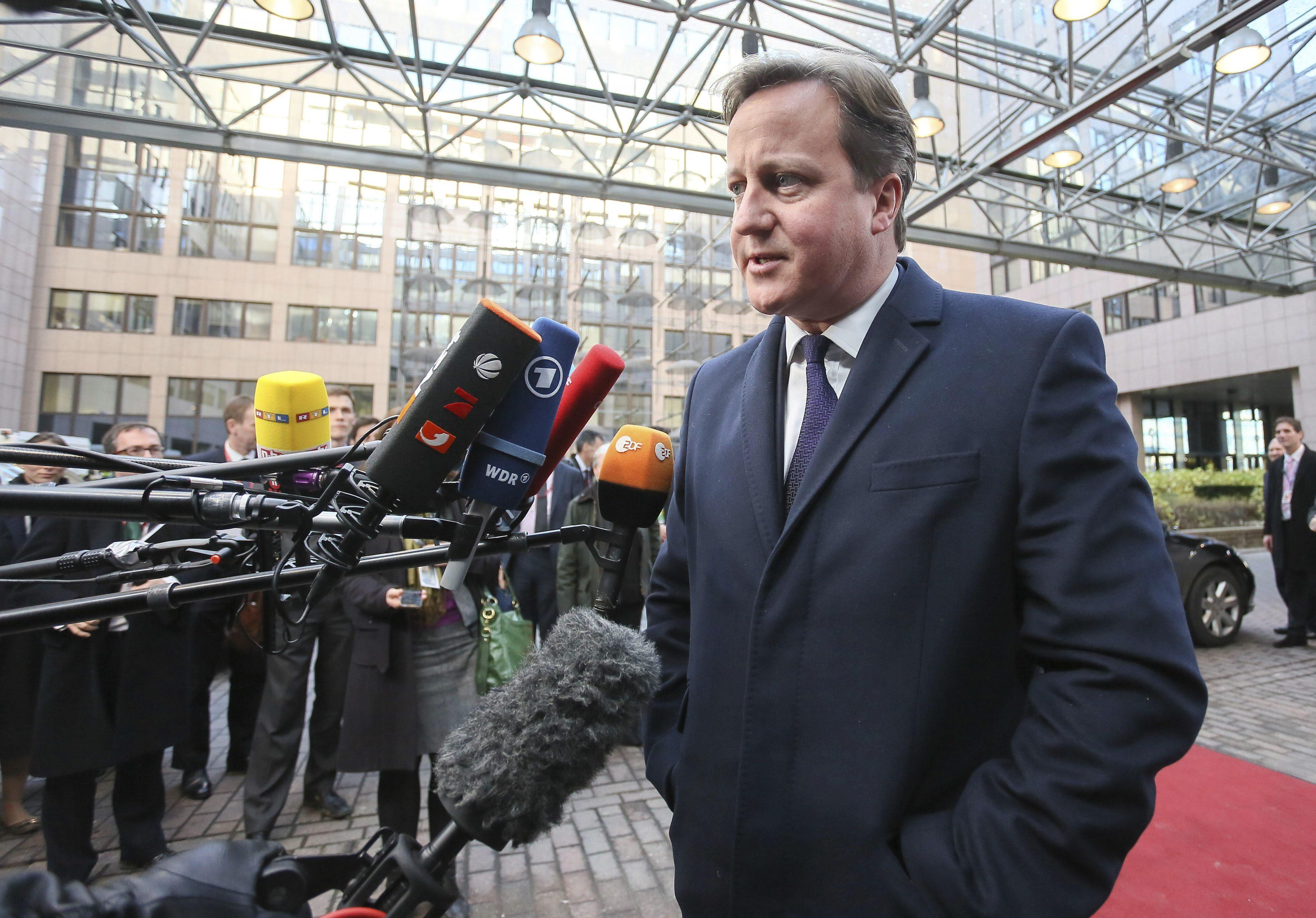 Cameron defiende la soberanía de las Malvinas en su mensaje navideño