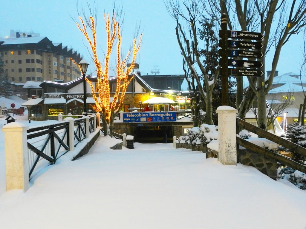 Sierra Nevada encara la Navidad con una previsión del 70% de ocupación hotelera